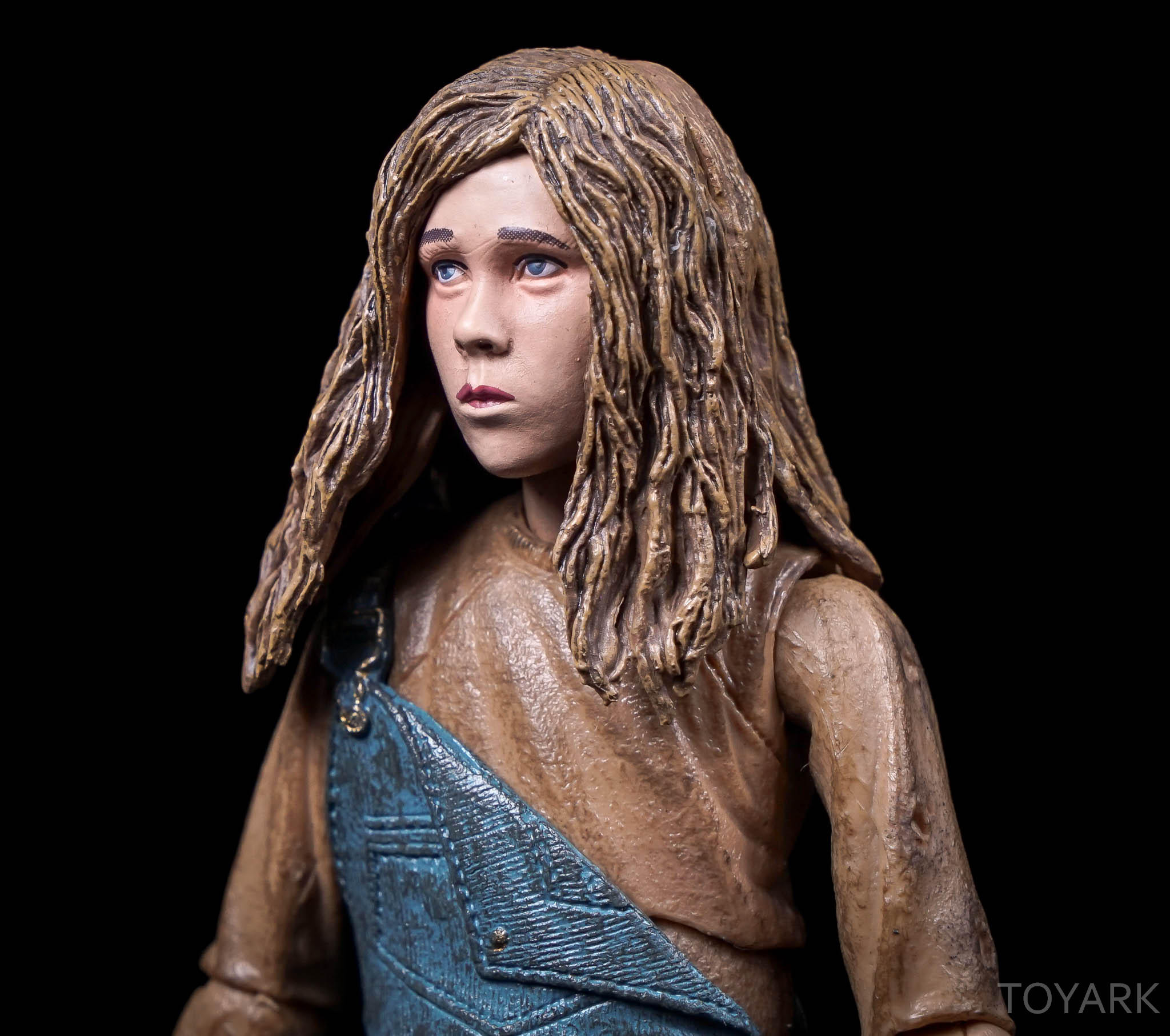 http://news.toyark.com/wp-content/uploads/sites/4/2016/08/NECA-SDCC2016-Aliens-Newt-013.jpg