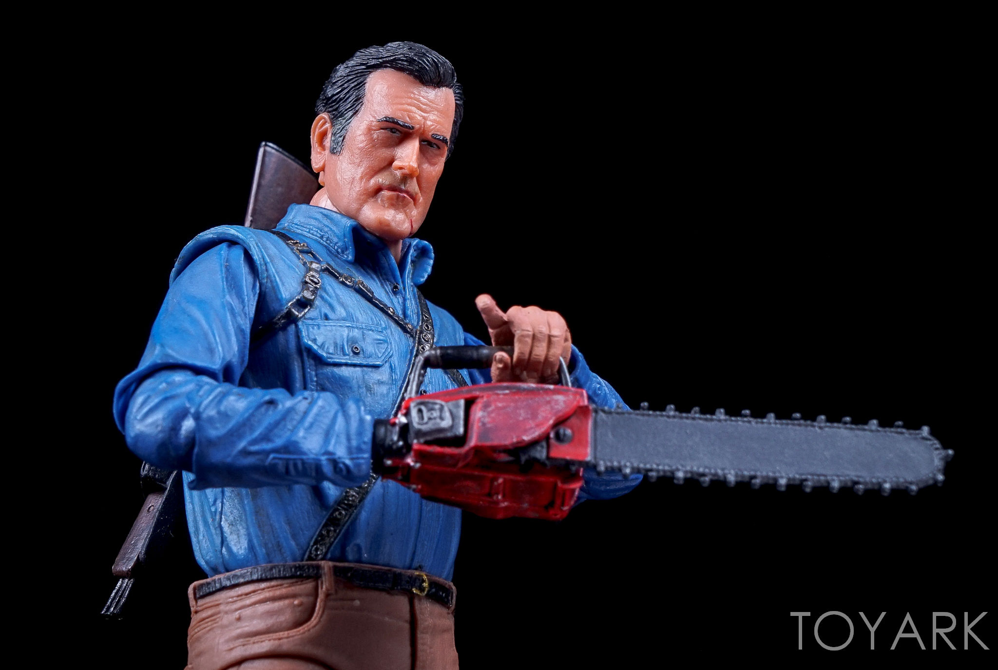 http://news.toyark.com/wp-content/uploads/sites/4/2016/09/Ash-vs-Evil-Dead-Series-1-NECA-102.jpg
