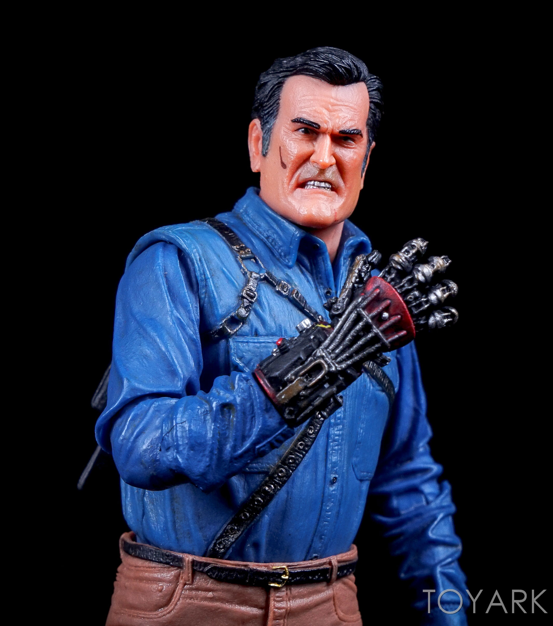 http://news.toyark.com/wp-content/uploads/sites/4/2016/09/Ash-vs-Evil-Dead-Series-1-NECA-111.jpg