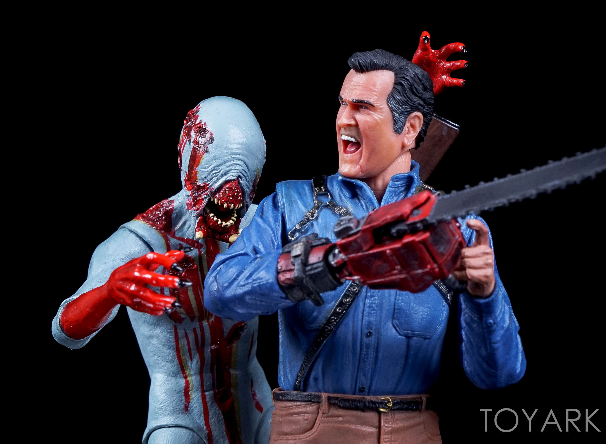 http://news.toyark.com/wp-content/uploads/sites/4/2016/09/Ash-vs-Evil-Dead-Series-1-NECA-125.jpg