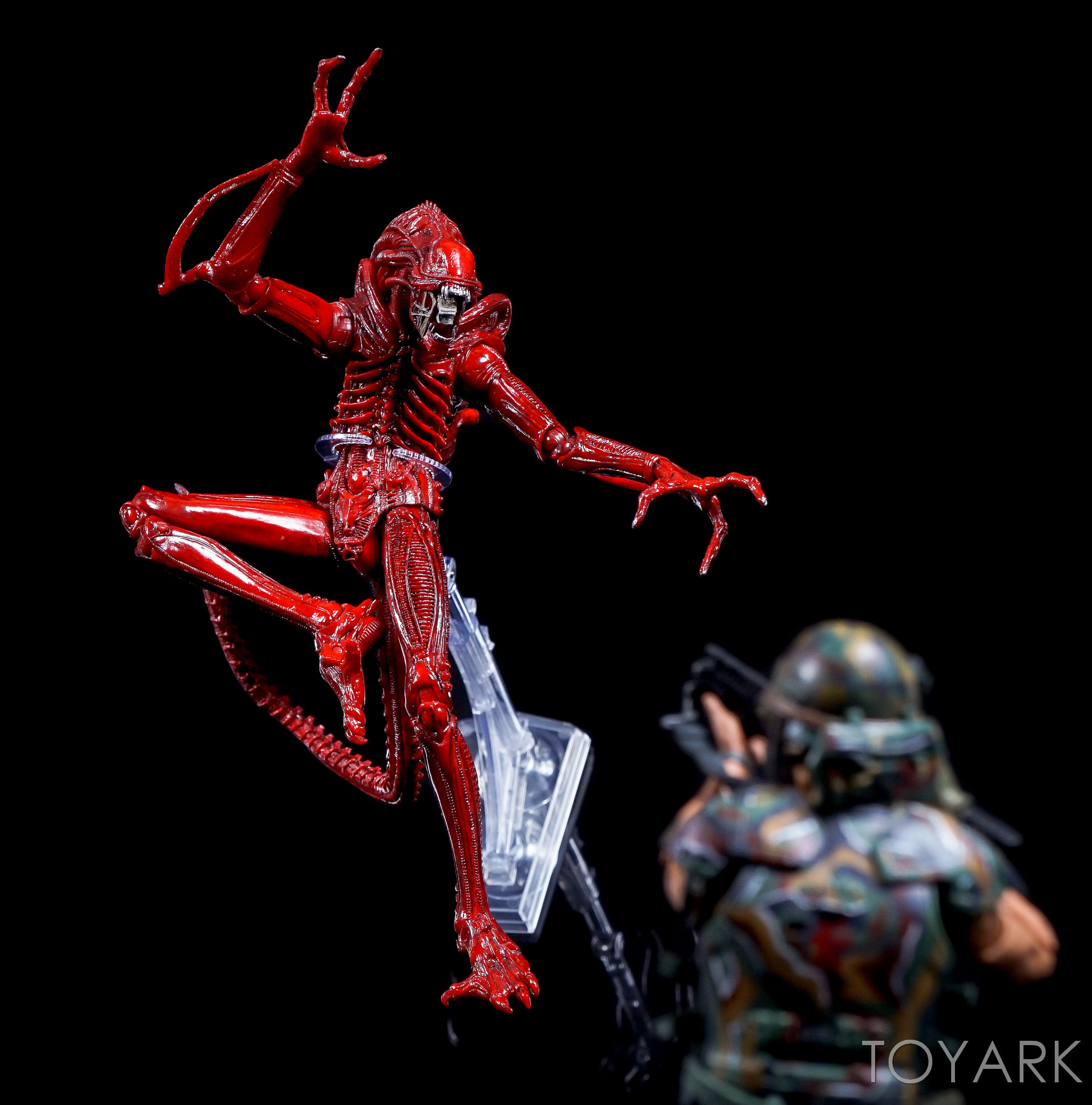 http://news.toyark.com/wp-content/uploads/sites/4/2016/09/Dynamic-Figure-Stand-NECA-027.jpg