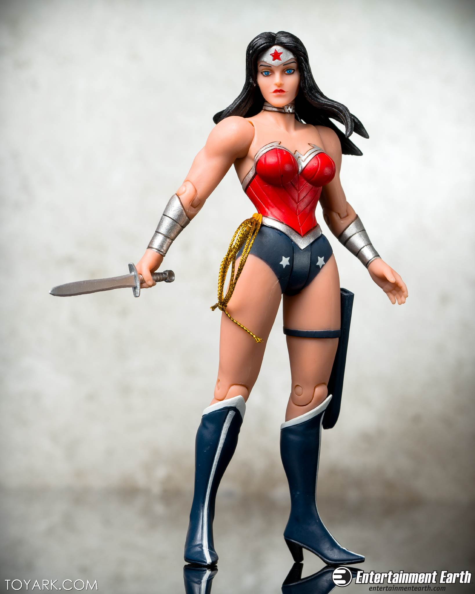 Capullo Wonder Woman 06