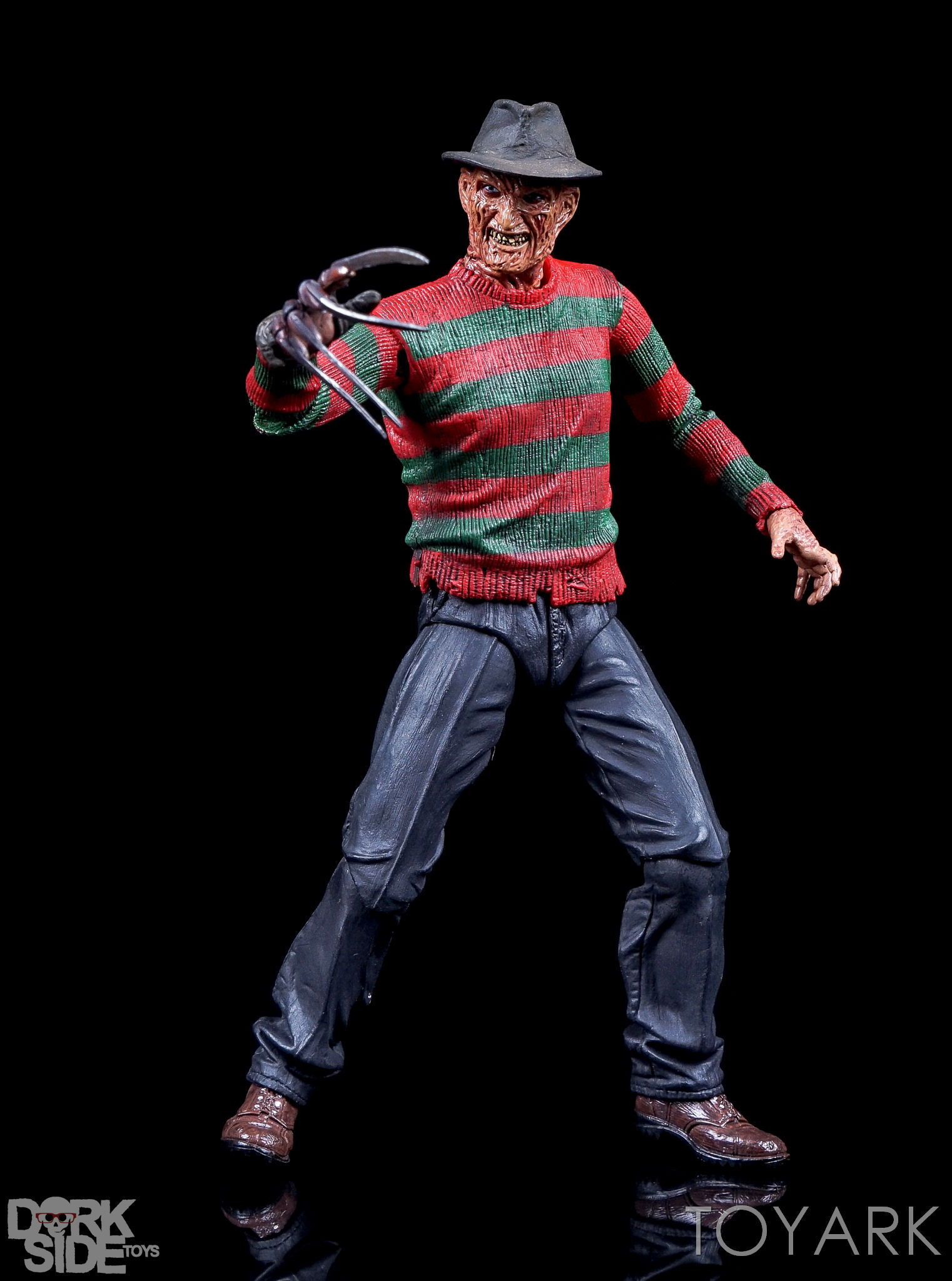 http://news.toyark.com/wp-content/uploads/sites/4/2016/10/Dream-Warriors-Ultimate-Freddy-058.jpg