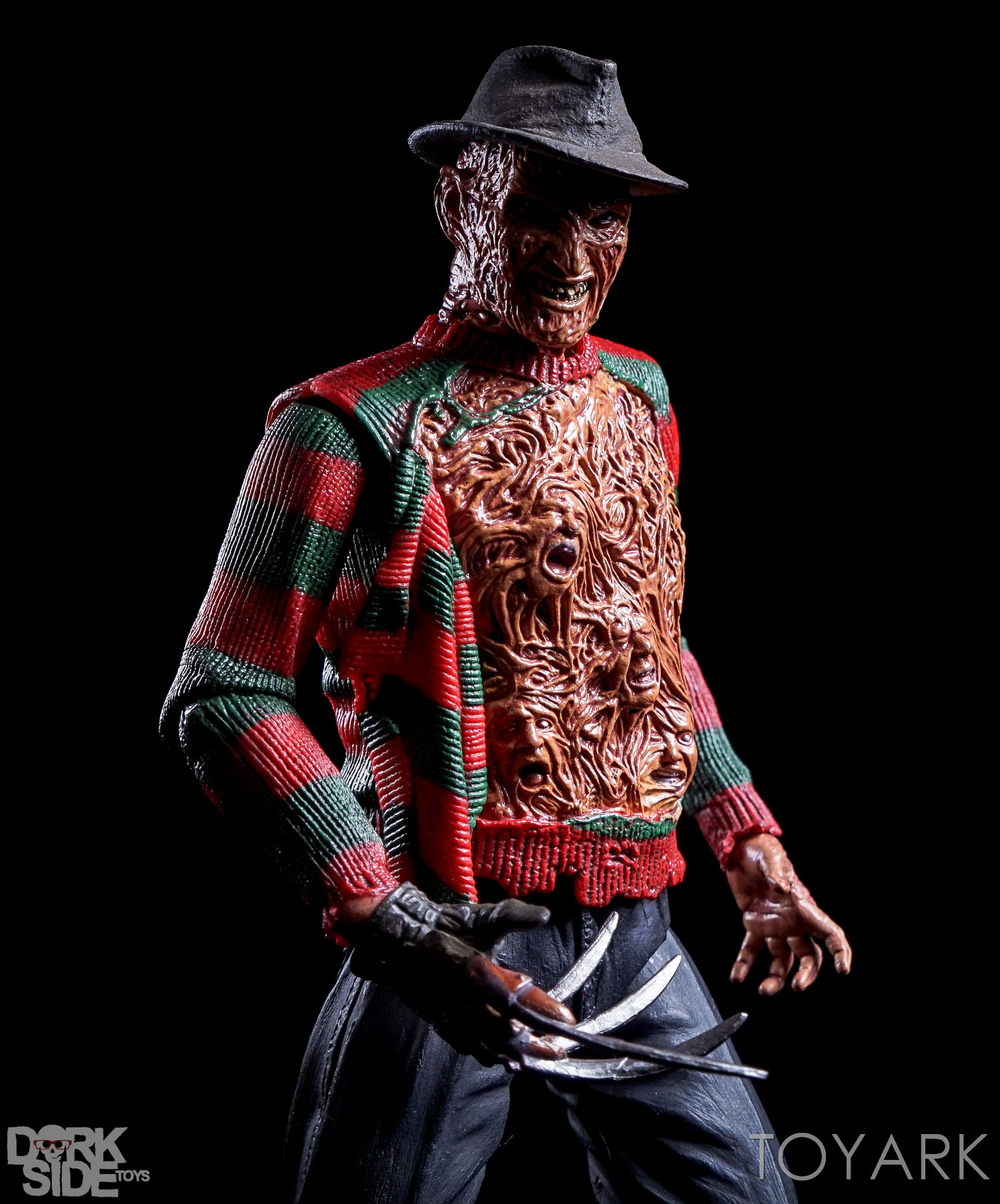 http://news.toyark.com/wp-content/uploads/sites/4/2016/10/Dream-Warriors-Ultimate-Freddy-069.jpg