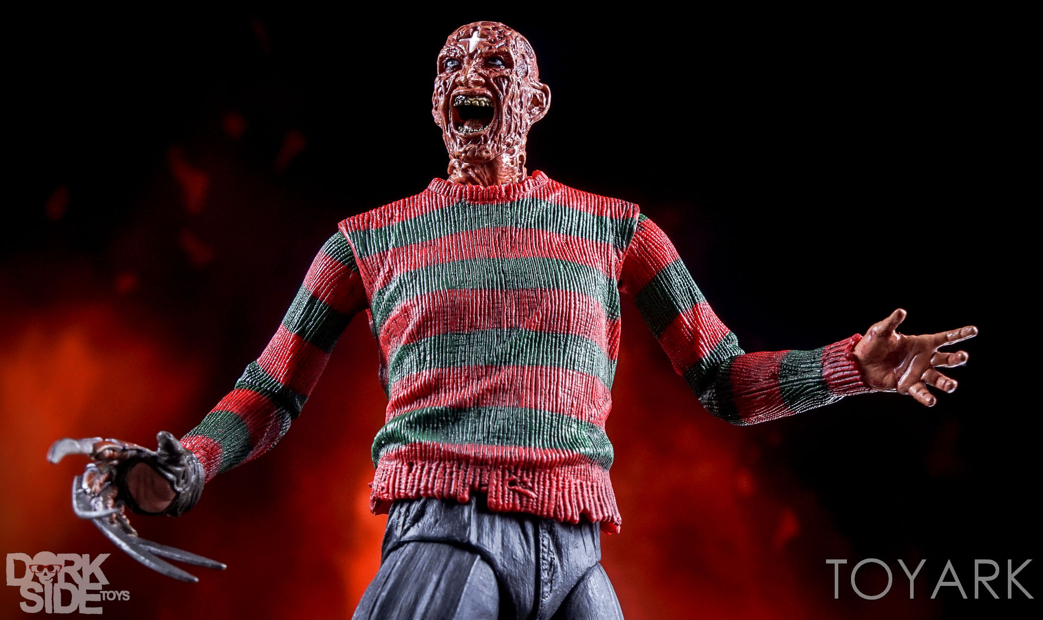 http://news.toyark.com/wp-content/uploads/sites/4/2016/10/Dream-Warriors-Ultimate-Freddy-090.jpg