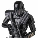 MAFEX Rogue One Death Trooper 006