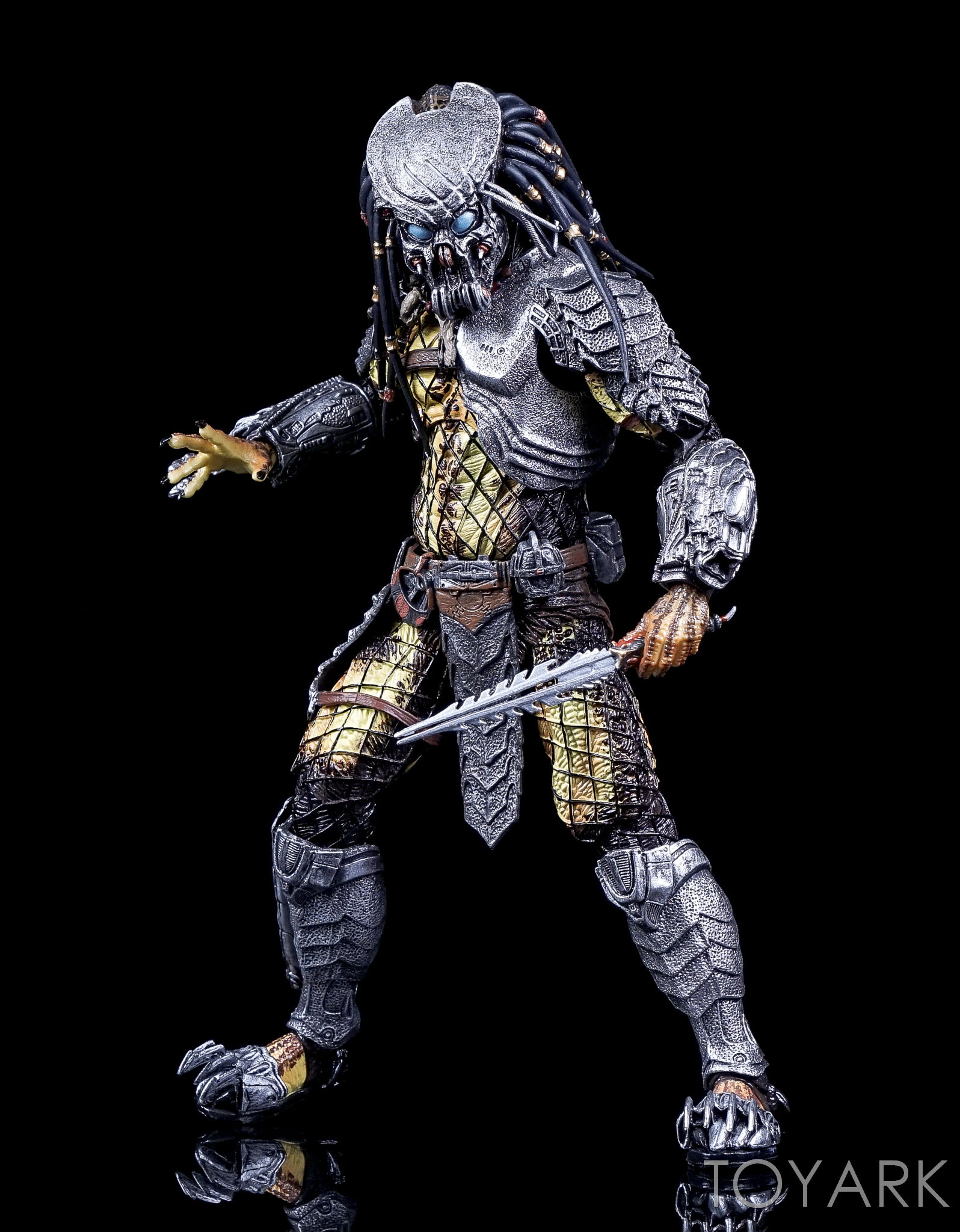 http://news.toyark.com/wp-content/uploads/sites/4/2016/10/NECA-AvP-Rivalry-Reborn-Set-041.jpg