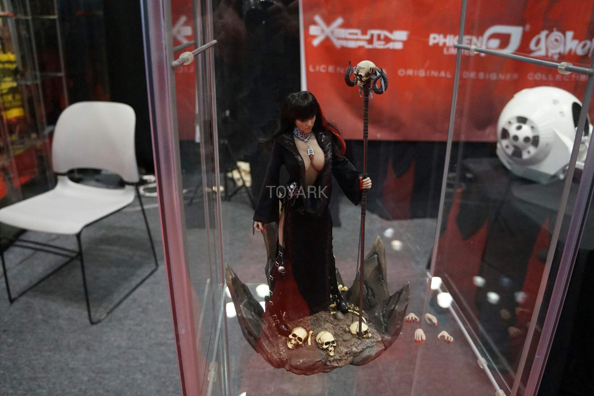 Nycc 2016 Executive Replicas Phicen Limited And Go Hero The Spinner Iron Hiro Nycc2016 Sixth Scale Figures 003