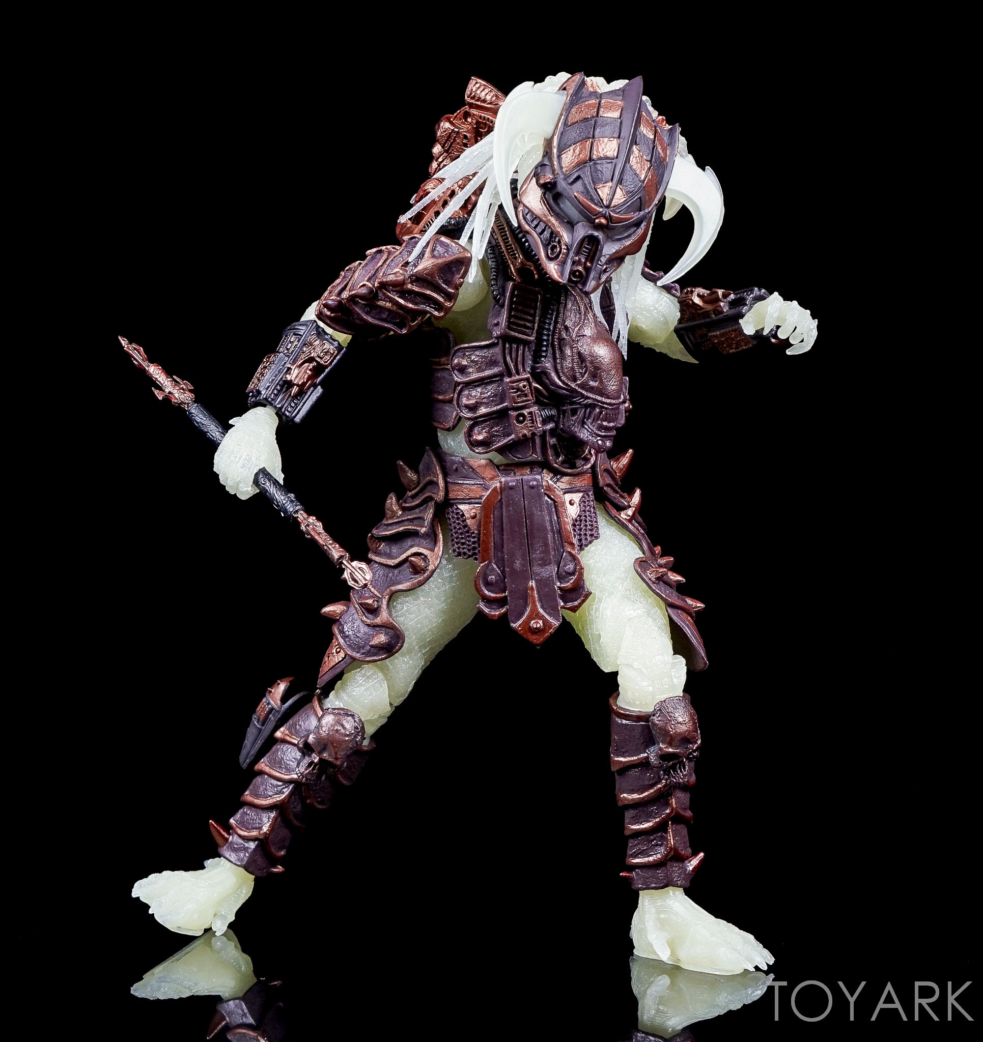 http://news.toyark.com/wp-content/uploads/sites/4/2016/10/Predator-Series-16-NECA-036.jpg