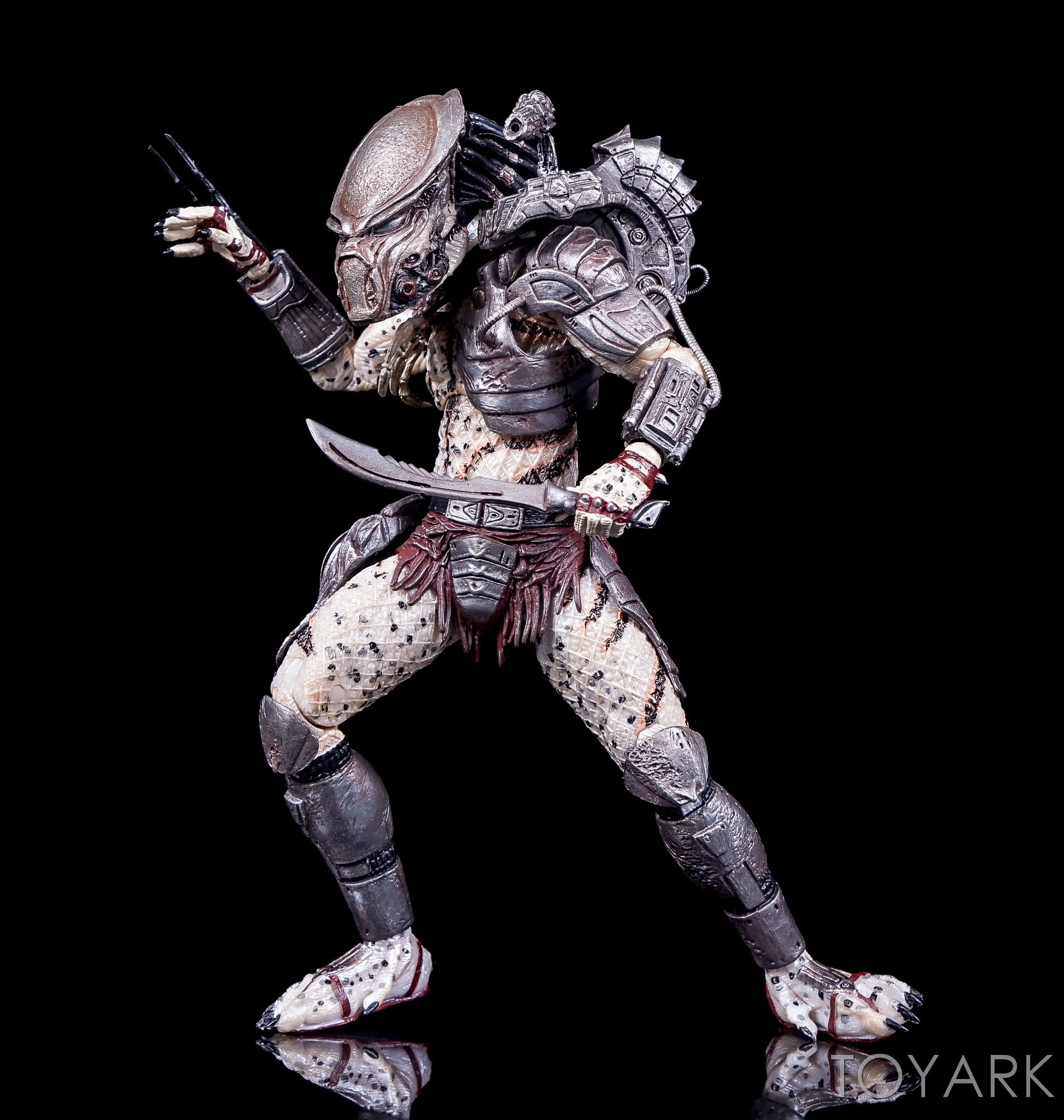 http://news.toyark.com/wp-content/uploads/sites/4/2016/10/Predator-Series-16-NECA-073.jpg