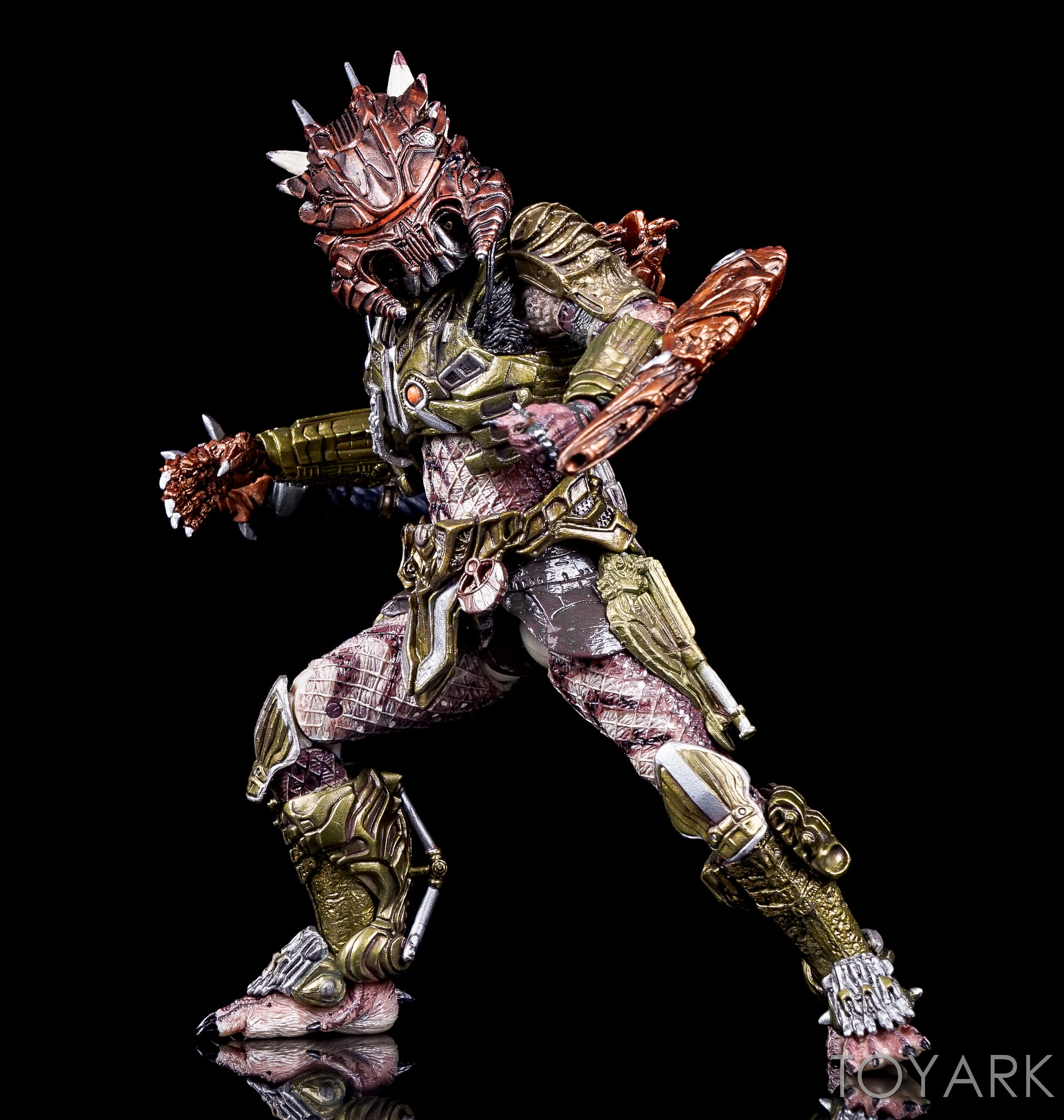 http://news.toyark.com/wp-content/uploads/sites/4/2016/10/Predator-Series-16-NECA-120.jpg