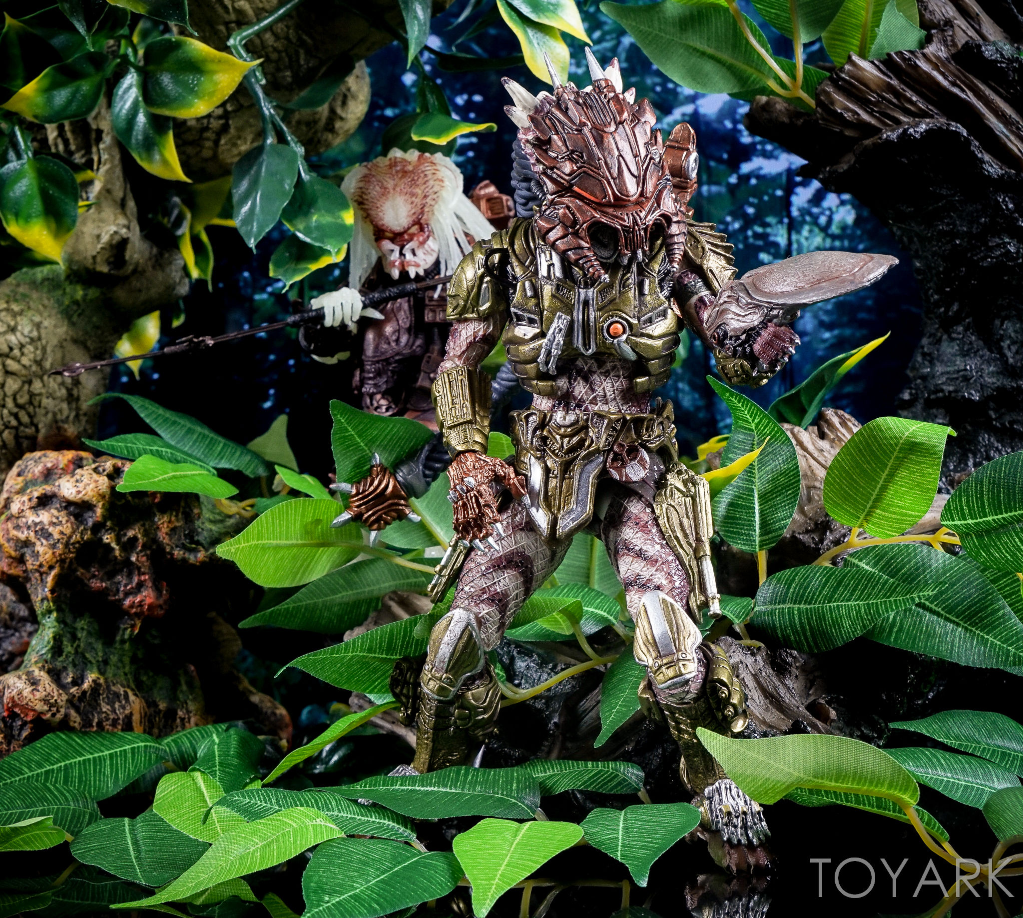 http://news.toyark.com/wp-content/uploads/sites/4/2016/10/Predator-Series-16-NECA-144.jpg