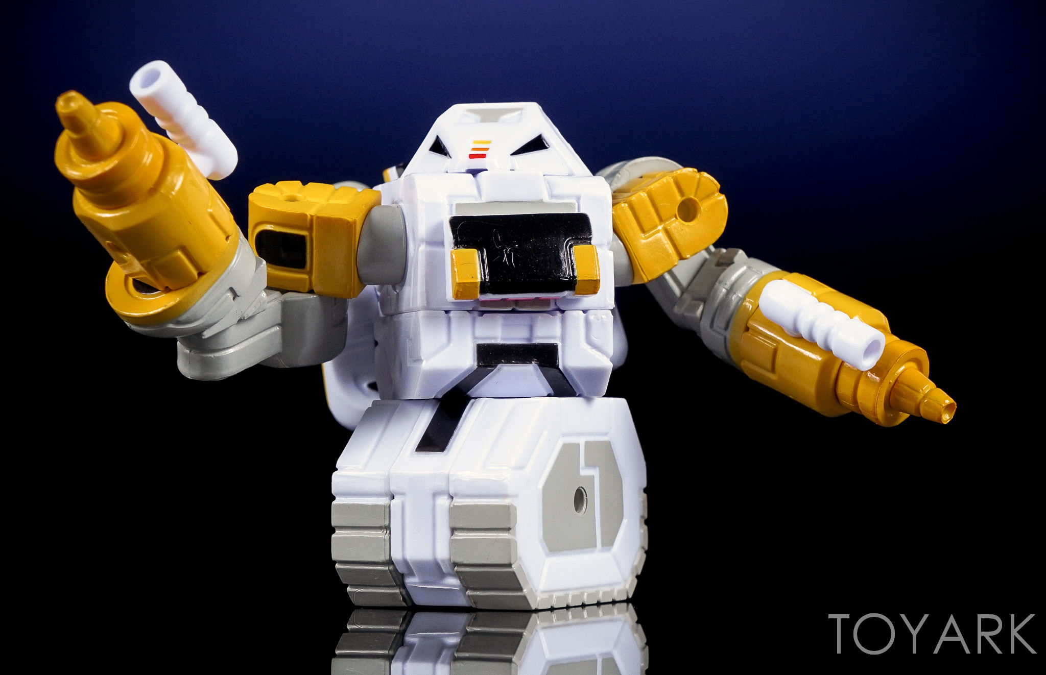 http://news.toyark.com/wp-content/uploads/sites/4/2016/10/Toyfinity-Roboforce-and-Zeroids-009.jpg