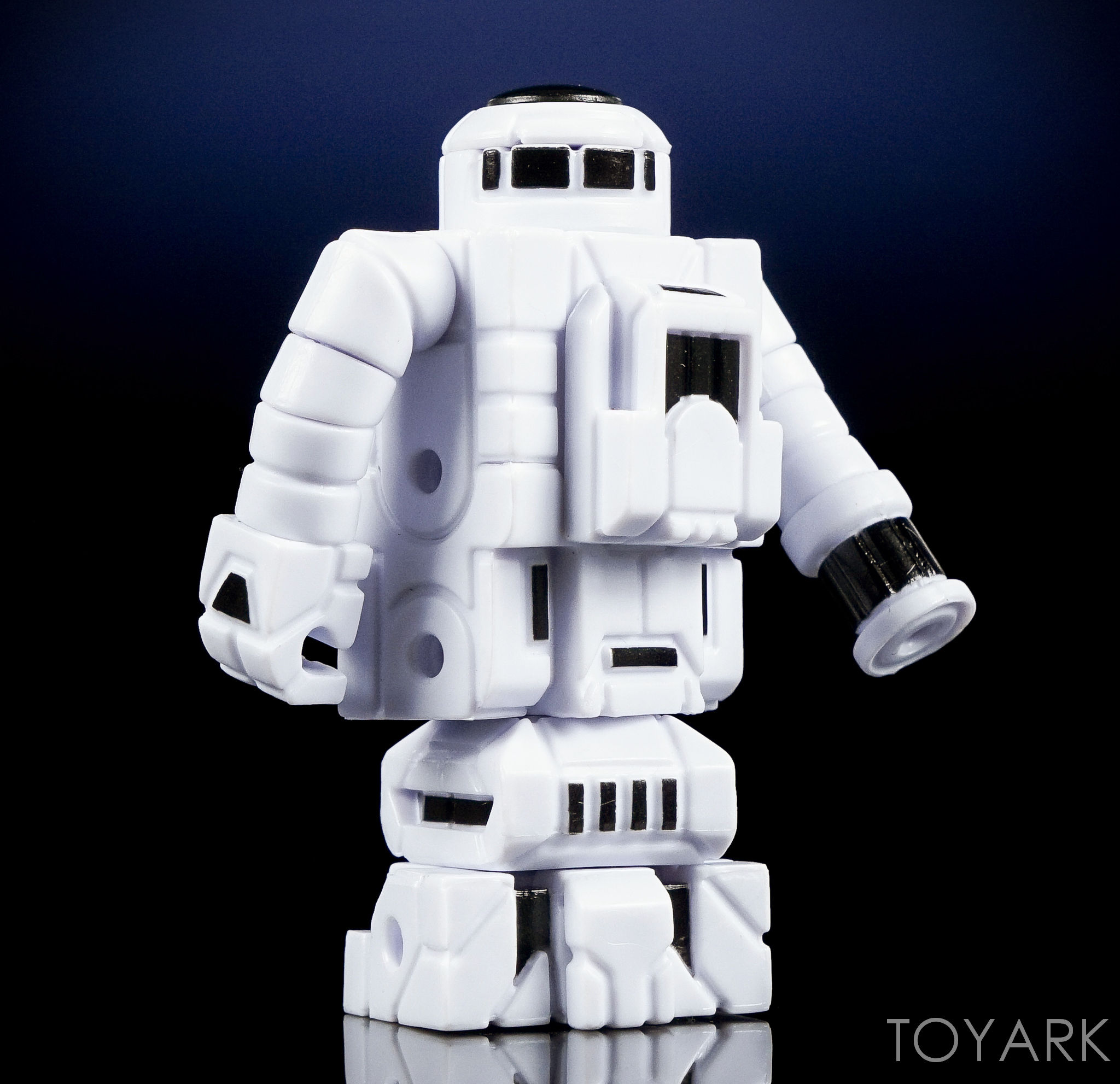 http://news.toyark.com/wp-content/uploads/sites/4/2016/10/Toyfinity-Roboforce-and-Zeroids-031.jpg
