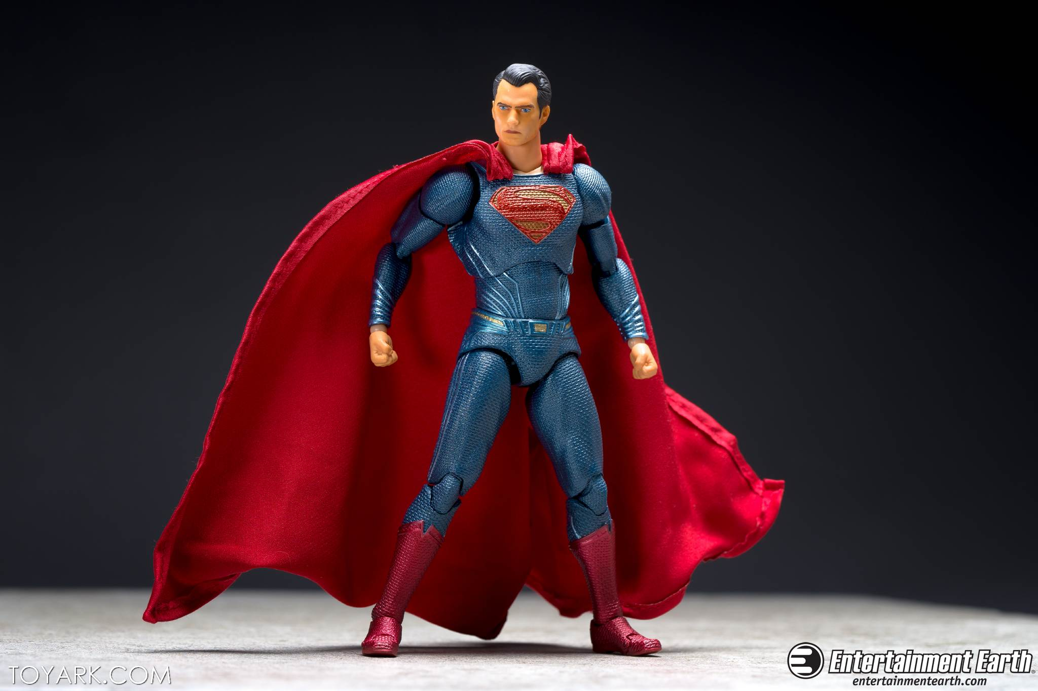 Mafex BVS Superman 03