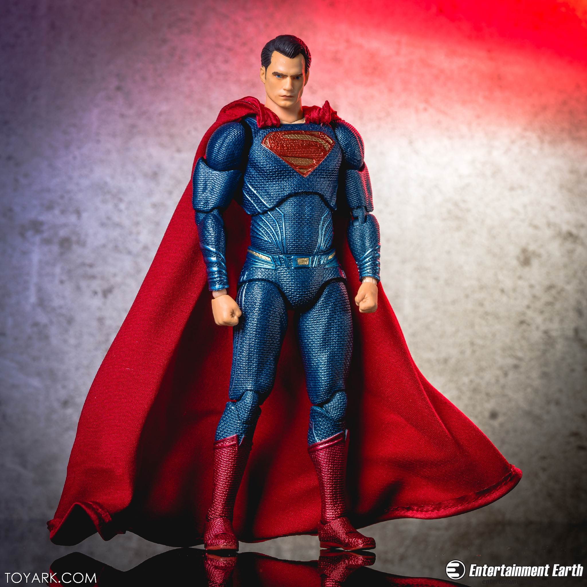 Mafex BVS Superman 18
