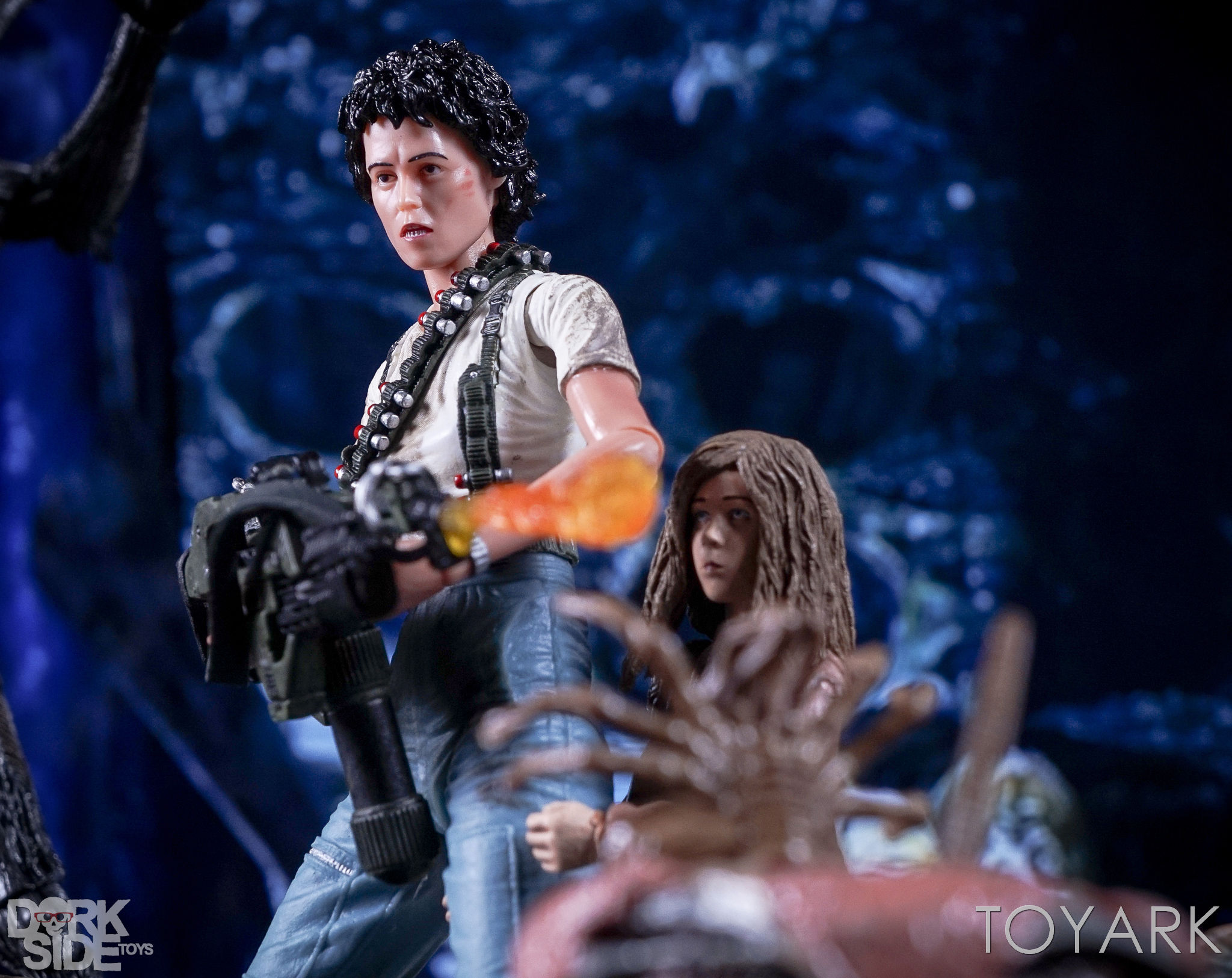 http://news.toyark.com/wp-content/uploads/sites/4/2016/12/Aliens-NECA-Ripley-and-Newt-Set-017.jpg