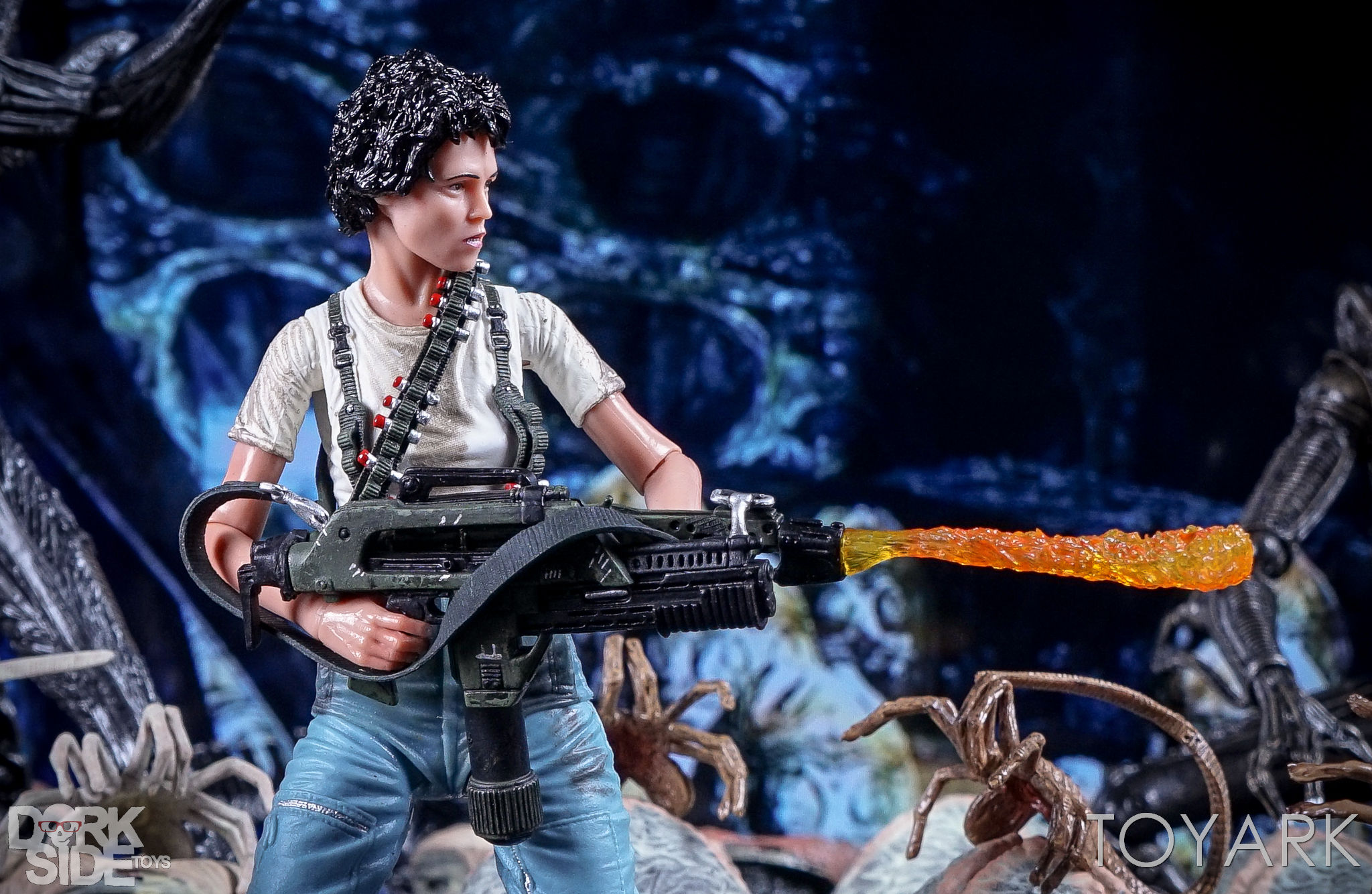 http://news.toyark.com/wp-content/uploads/sites/4/2016/12/Aliens-NECA-Ripley-and-Newt-Set-023.jpg