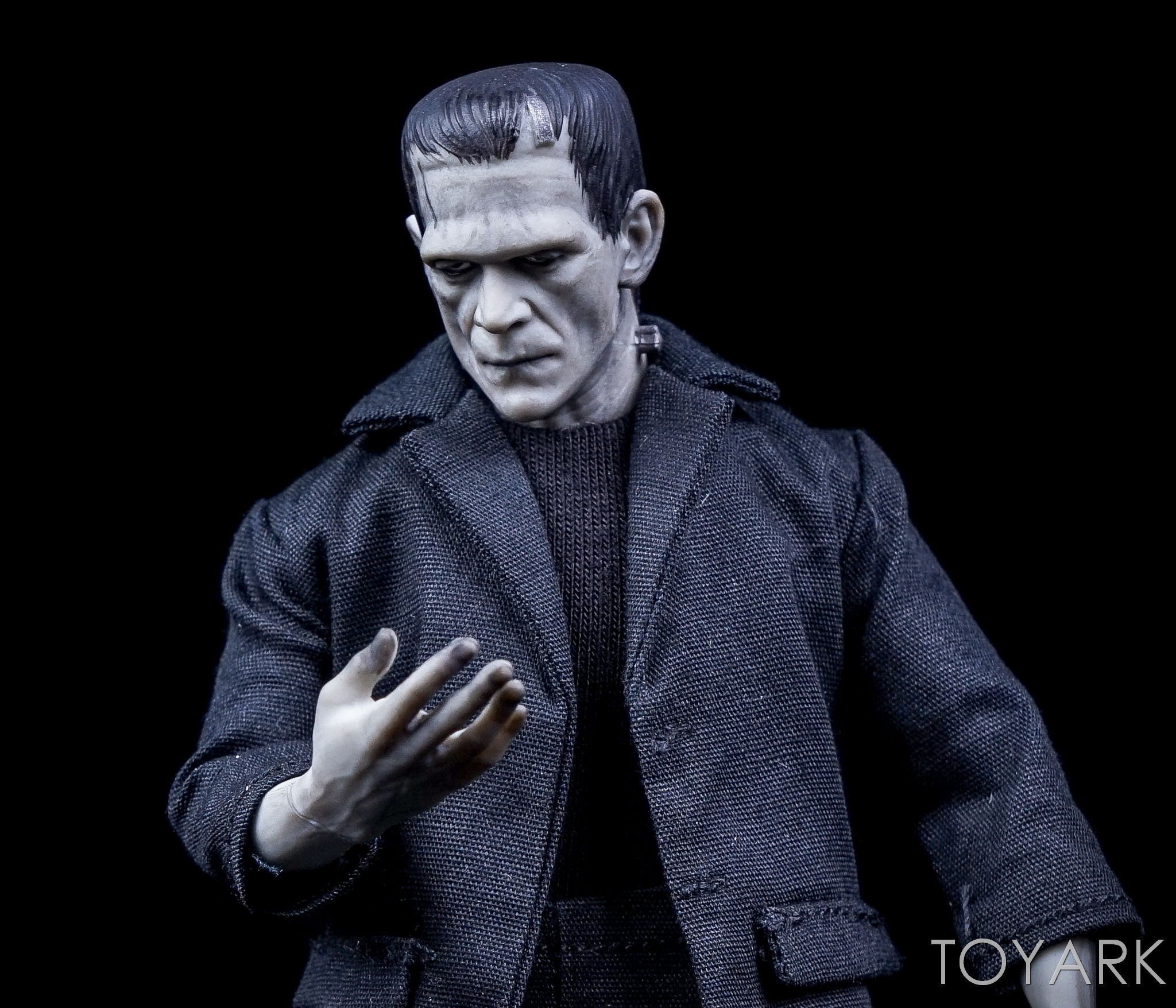 http://news.toyark.com/wp-content/uploads/sites/4/2016/12/Mezco-One12-Collective-Frankenstein-Figure-012.jpg