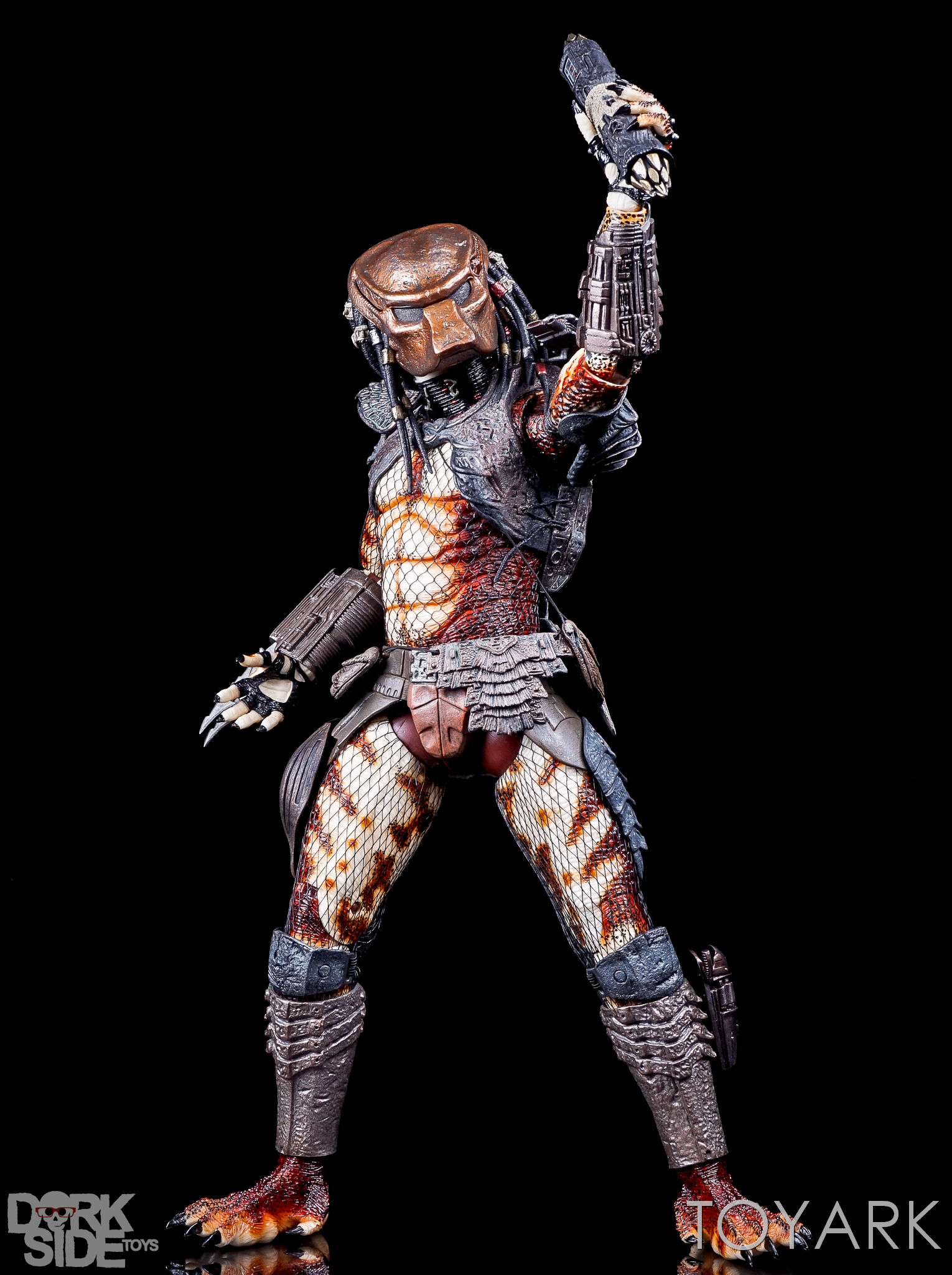 http://news.toyark.com/wp-content/uploads/sites/4/2016/12/NECA-20-Inch-City-Hunter-Predator-064.jpg