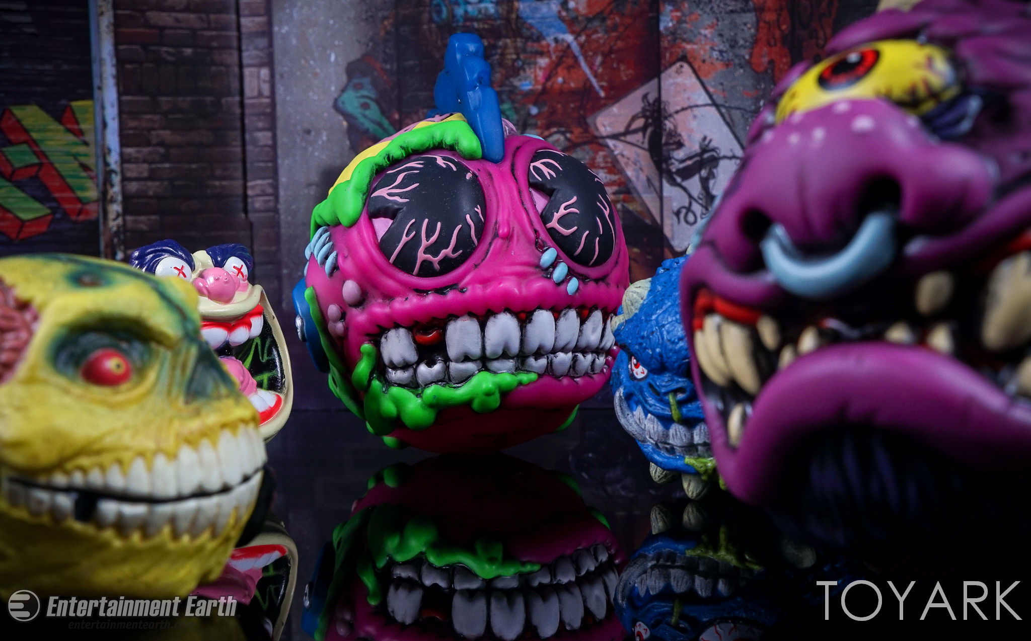 http://news.toyark.com/wp-content/uploads/sites/4/2017/02/Madballs-6-Inch-Medium-Figures-041.jpg
