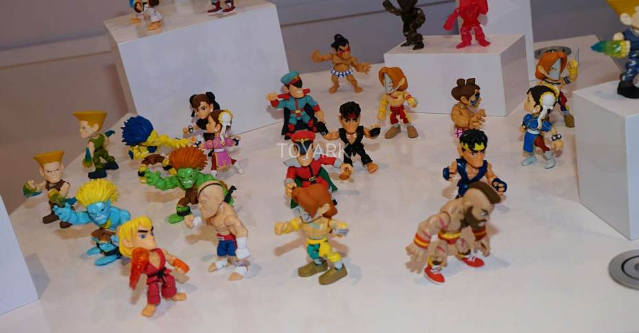 Toy Fair 2017 Loyal Subjects Street Fighter And Mega Man