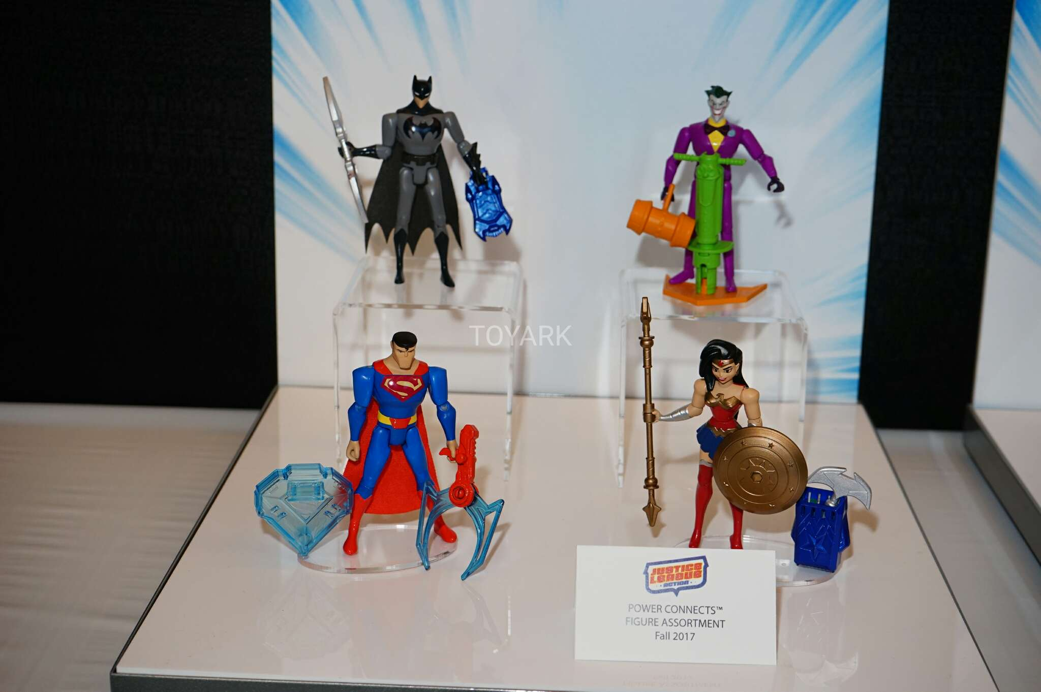 "DC Justice League Action Power Connects 4.5"" Wonder Woman Action Figure"