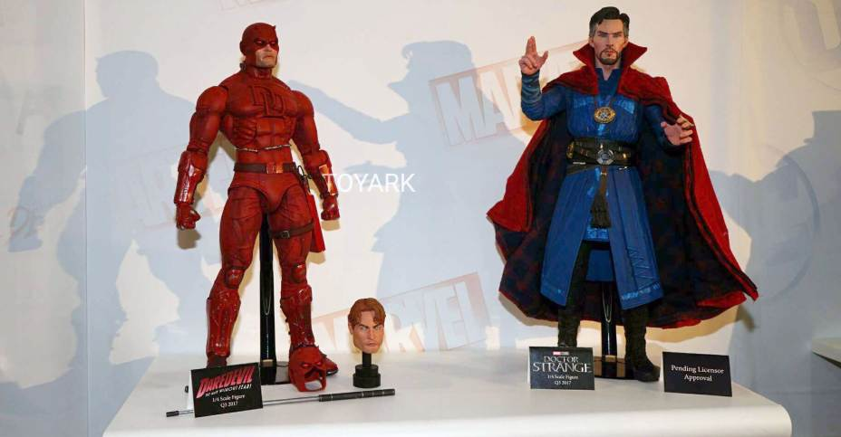 Toy Fair 400 NECA 40040 Scale Mego Video Game Rocky And And Life Best Neca 1 4 Display Stand