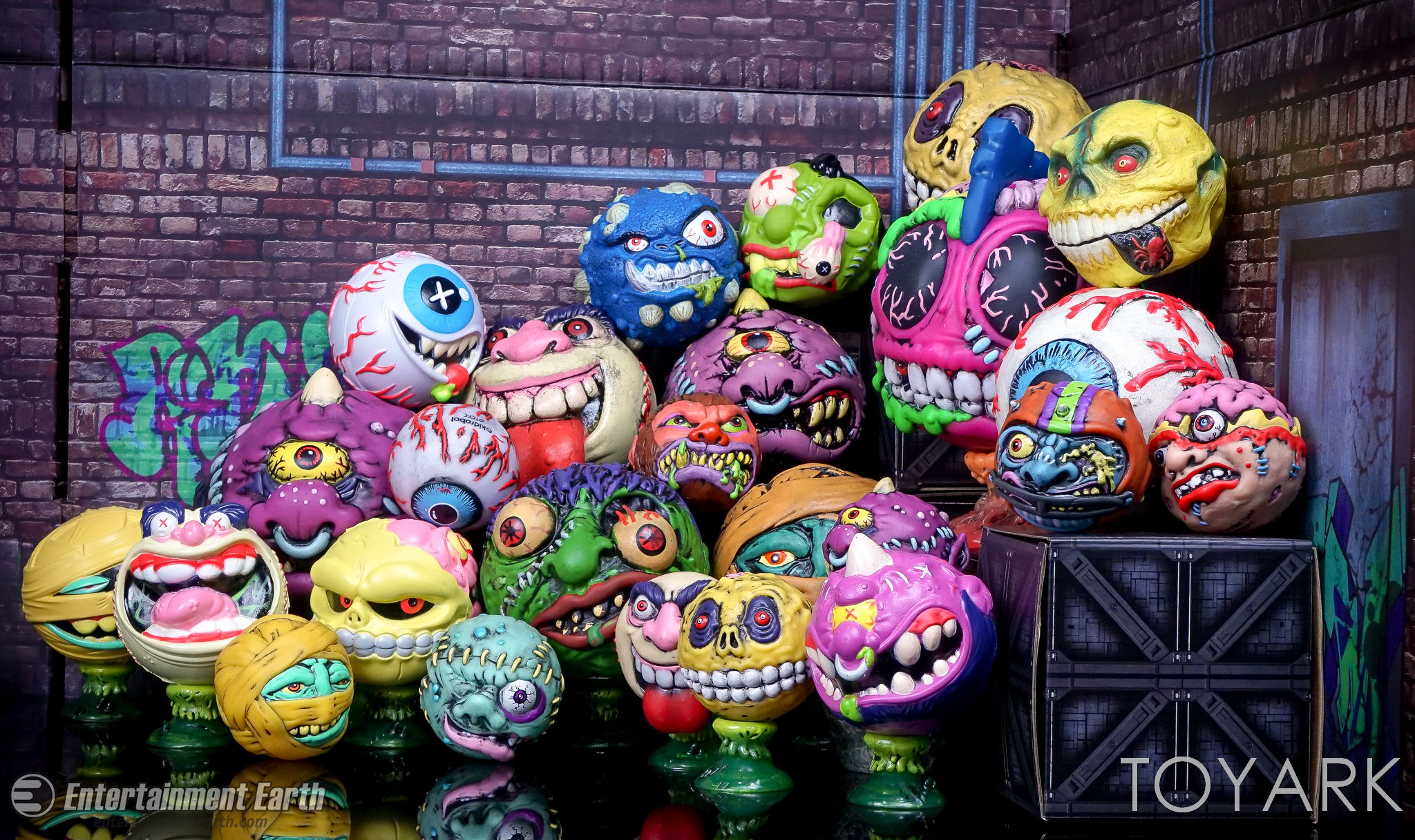 http://news.toyark.com/wp-content/uploads/sites/4/2017/03/Kidrobot-Foam-Madballs-032.jpg
