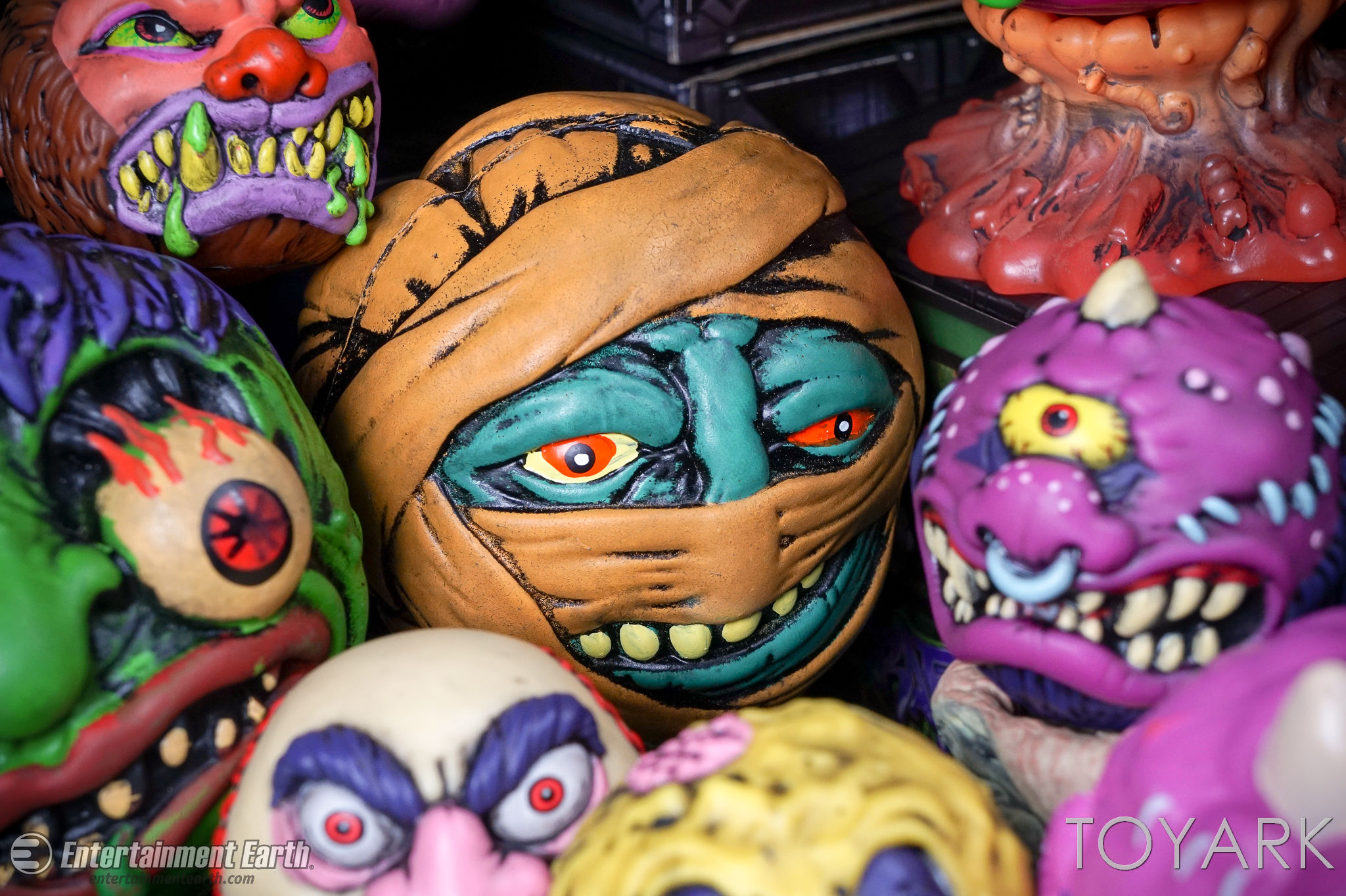 http://news.toyark.com/wp-content/uploads/sites/4/2017/03/Kidrobot-Foam-Madballs-036.jpg