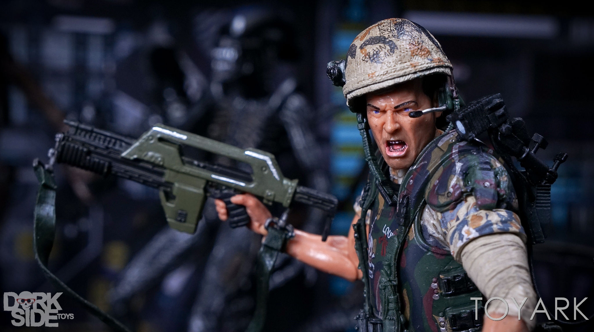 http://news.toyark.com/wp-content/uploads/sites/4/2017/03/NECA-Aliens-Colonial-Marines-2-Pack-032.jpg