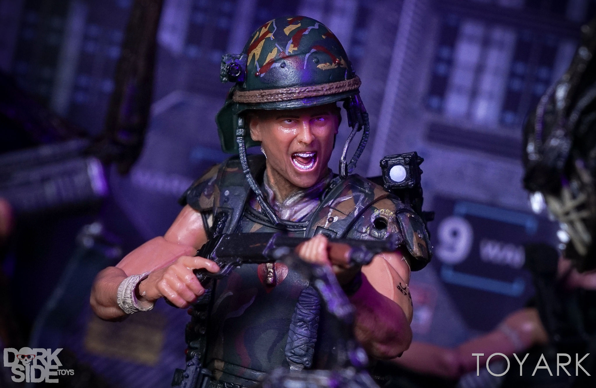http://news.toyark.com/wp-content/uploads/sites/4/2017/03/NECA-Aliens-Colonial-Marines-2-Pack-034.jpg
