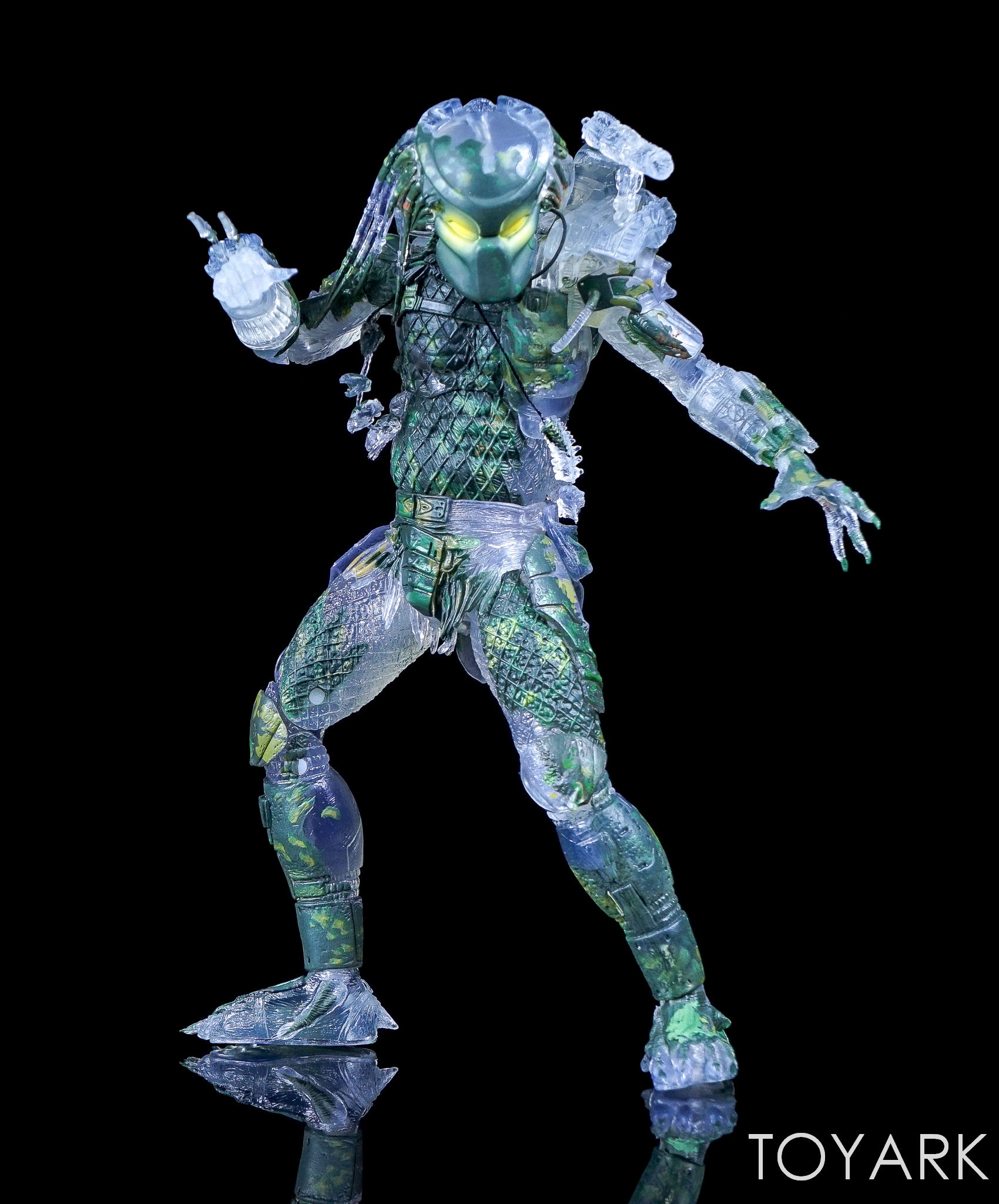 http://news.toyark.com/wp-content/uploads/sites/4/2017/03/NECA-Jungle-Demon-Predator-013.jpg