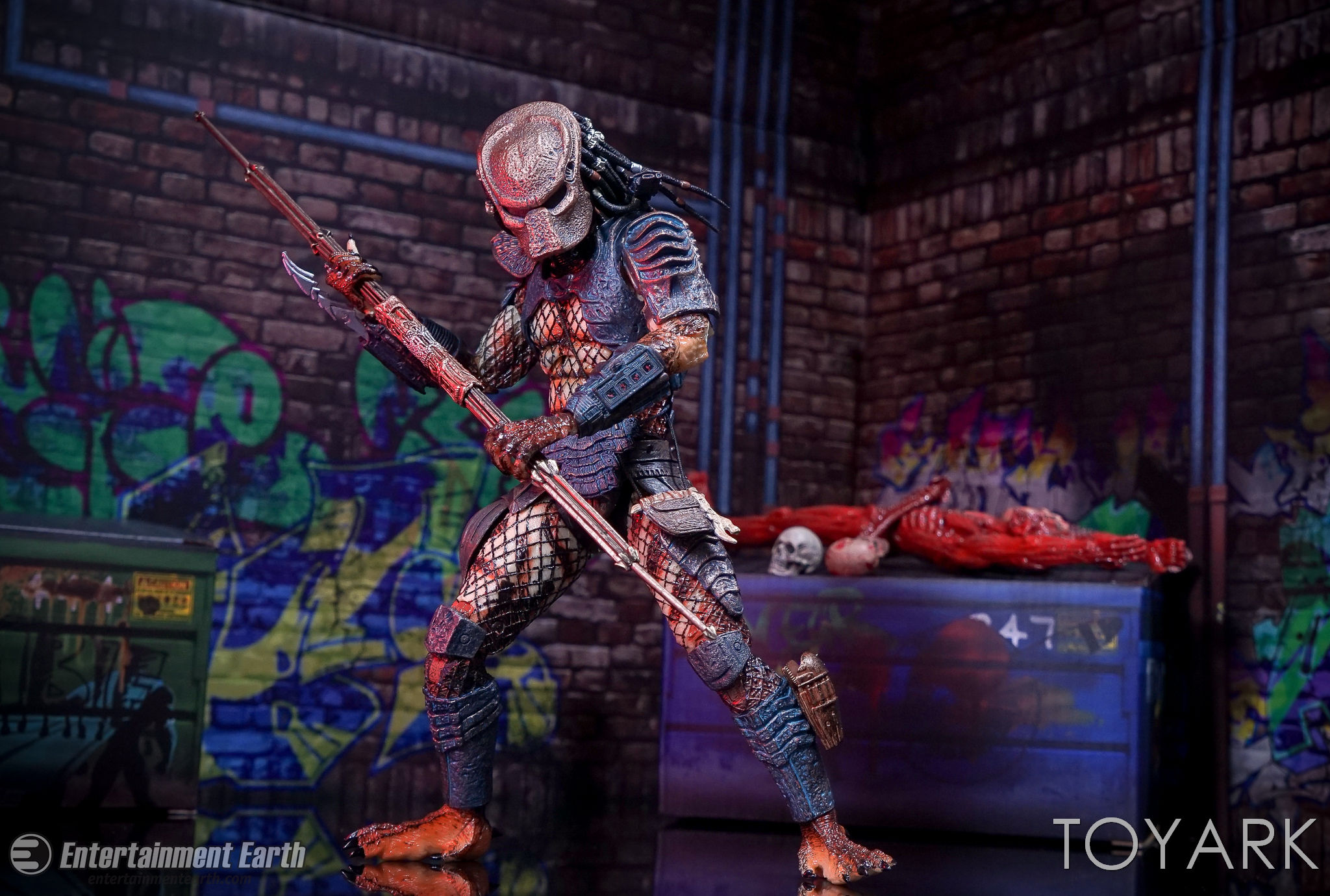 http://news.toyark.com/wp-content/uploads/sites/4/2017/03/NECA-Ultimate-City-Hunter-Predator-052.jpg