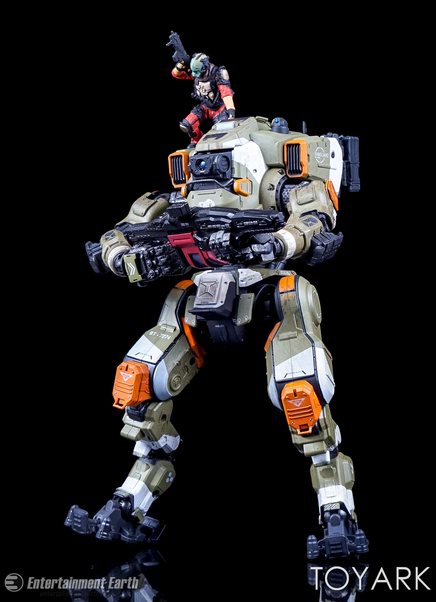 http://news.toyark.com/wp-content/uploads/sites/4/2017/04/McFarlane-BT-7274-Titanfall-2-Figure-019.jpg