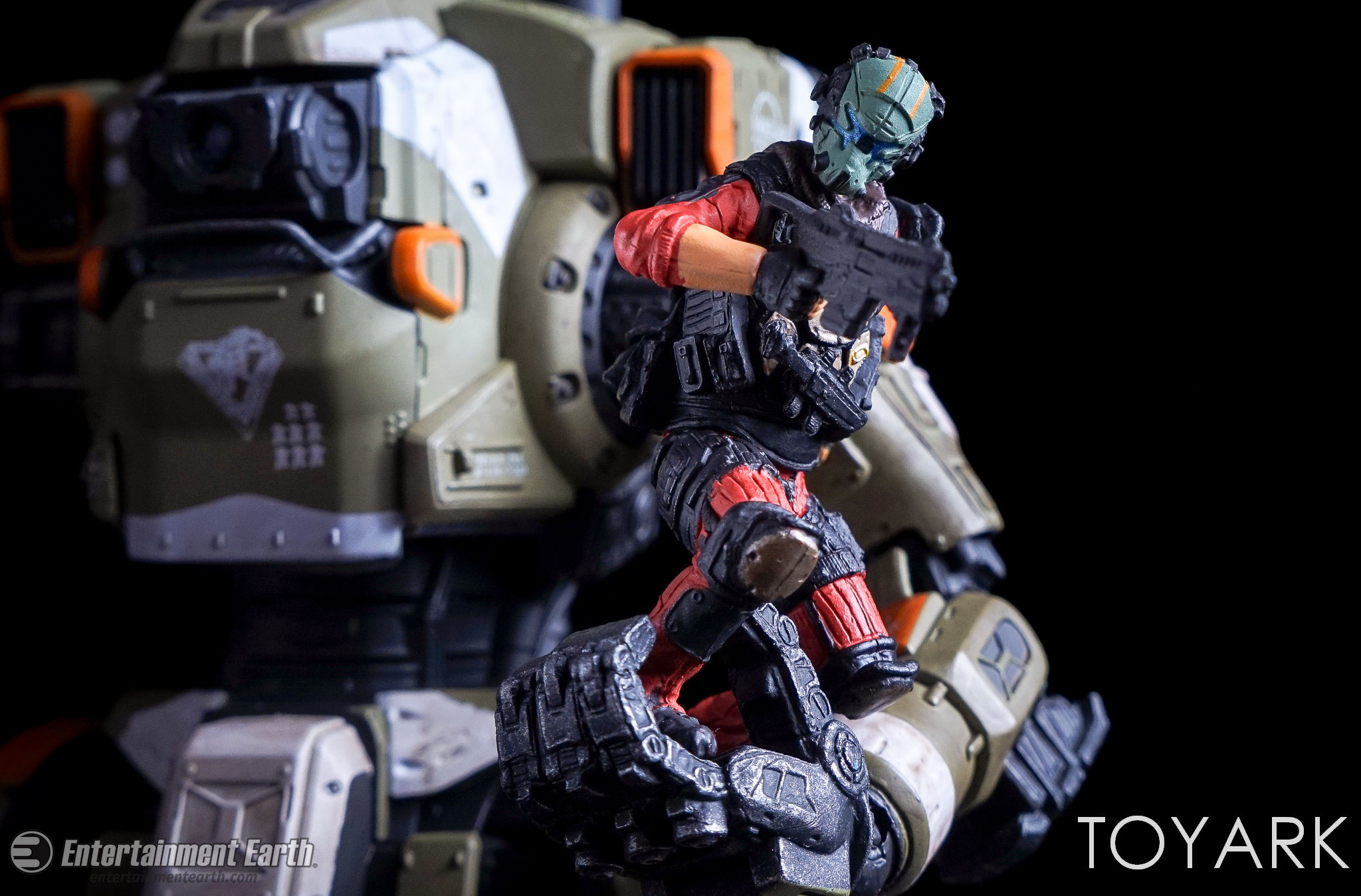 http://news.toyark.com/wp-content/uploads/sites/4/2017/04/McFarlane-BT-7274-Titanfall-2-Figure-032.jpg
