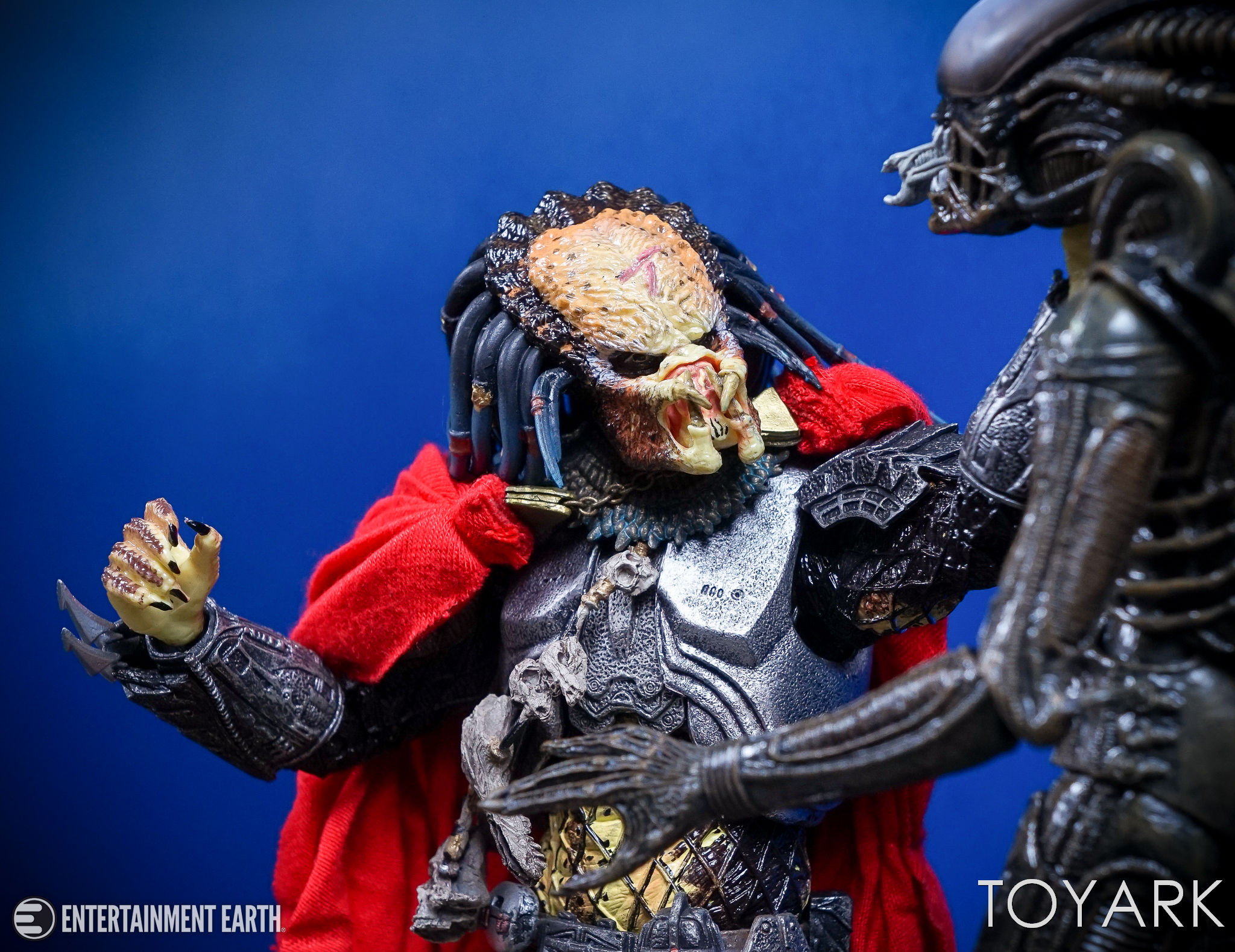http://news.toyark.com/wp-content/uploads/sites/4/2017/04/NECA-Elder-Predator-048.jpg