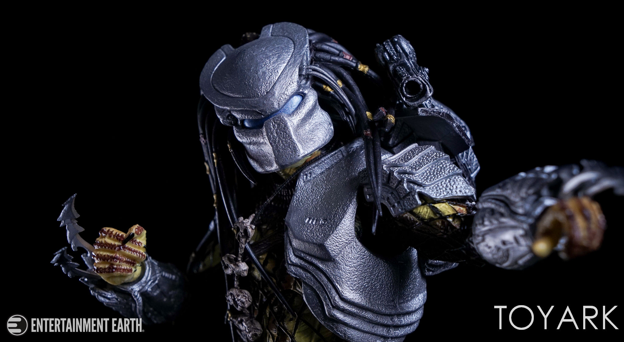 http://news.toyark.com/wp-content/uploads/sites/4/2017/04/NECA-Youngblood-Predator-020.jpg