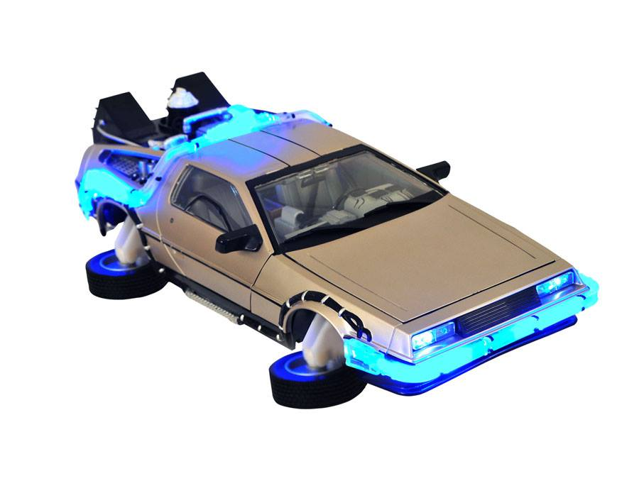Diamond Select Toys Delorean 103