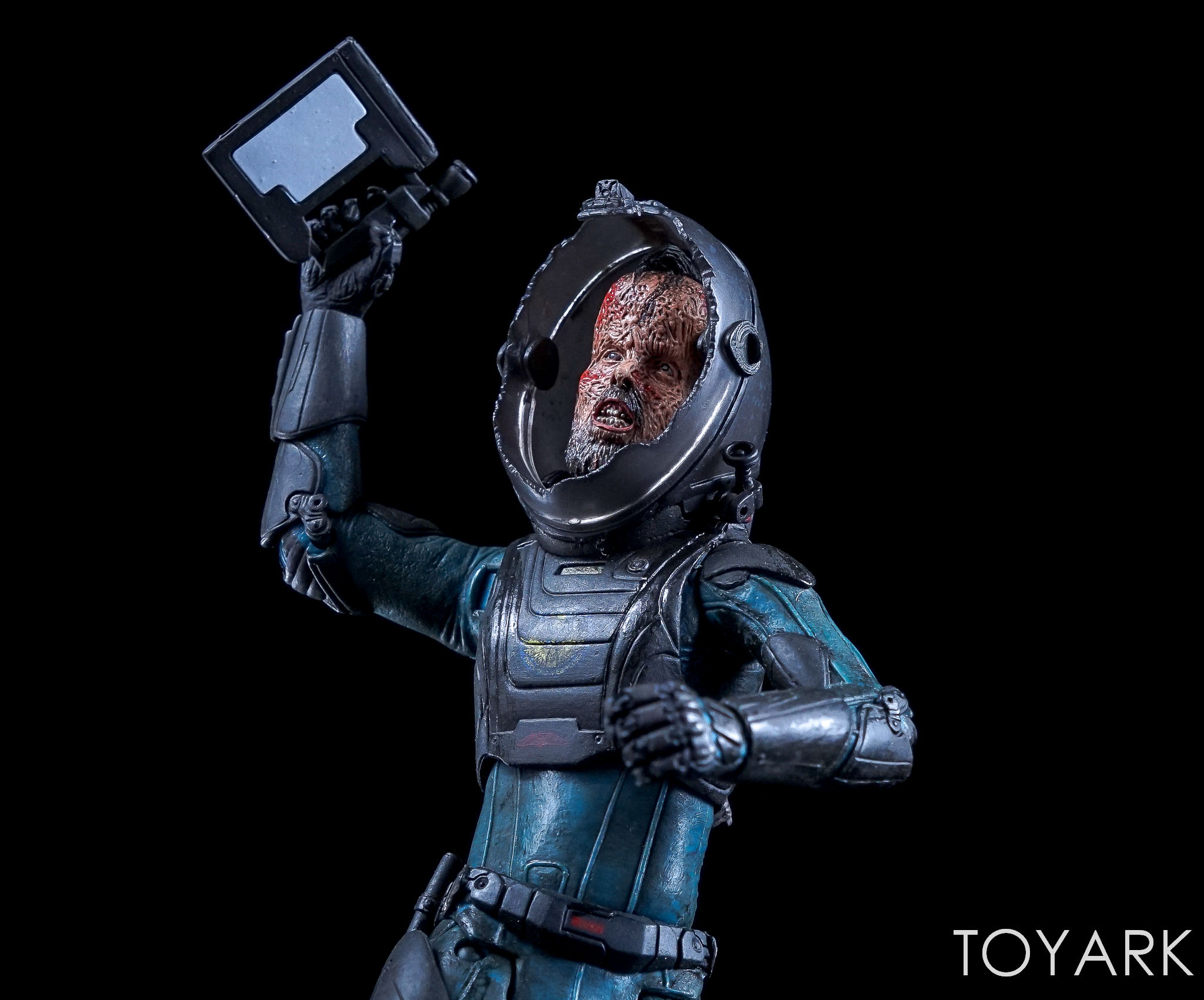http://news.toyark.com/wp-content/uploads/sites/4/2017/06/NECA-Prometheus-Lost-Wave-051.jpg