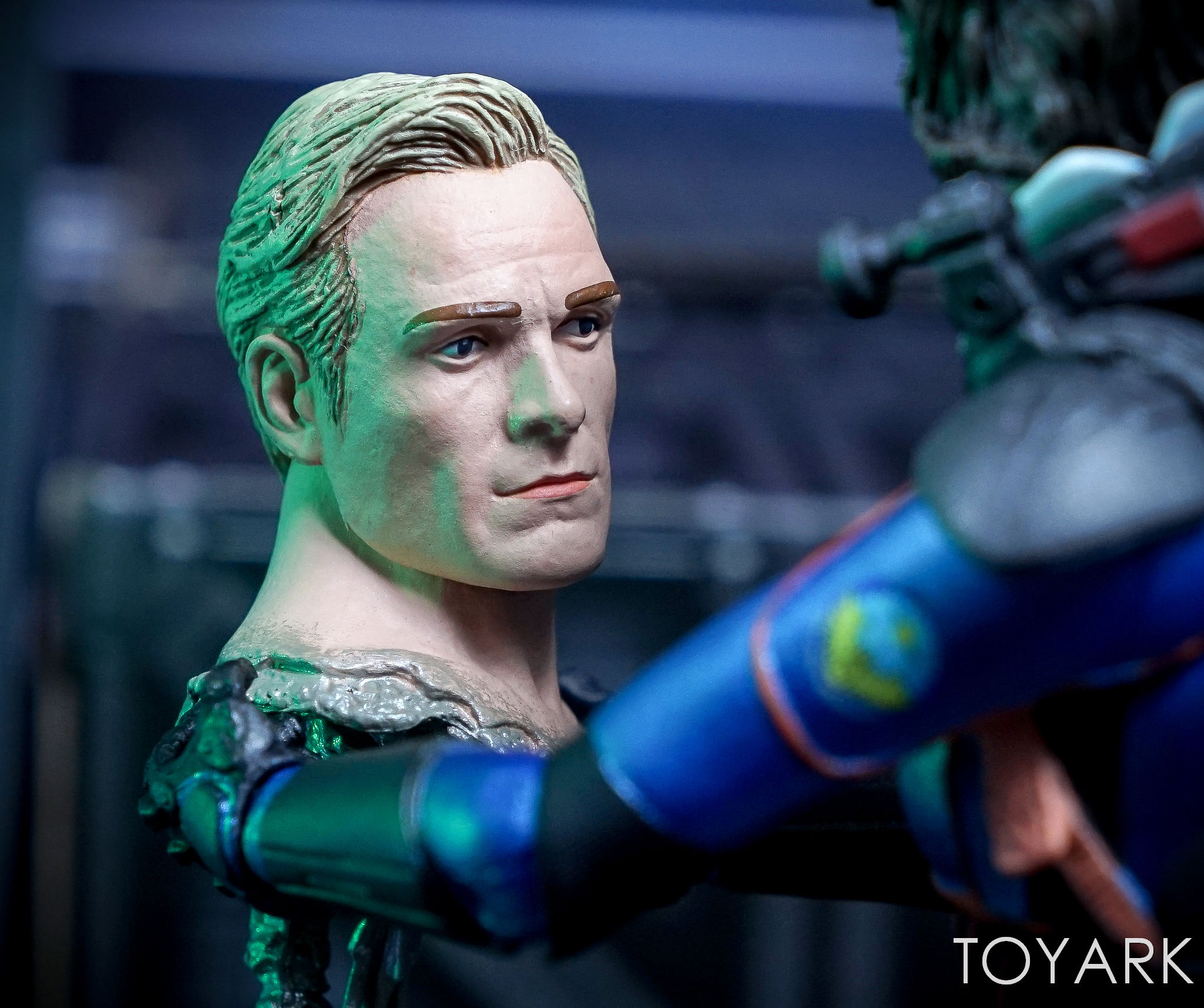 http://news.toyark.com/wp-content/uploads/sites/4/2017/06/NECA-Prometheus-Lost-Wave-059.jpg