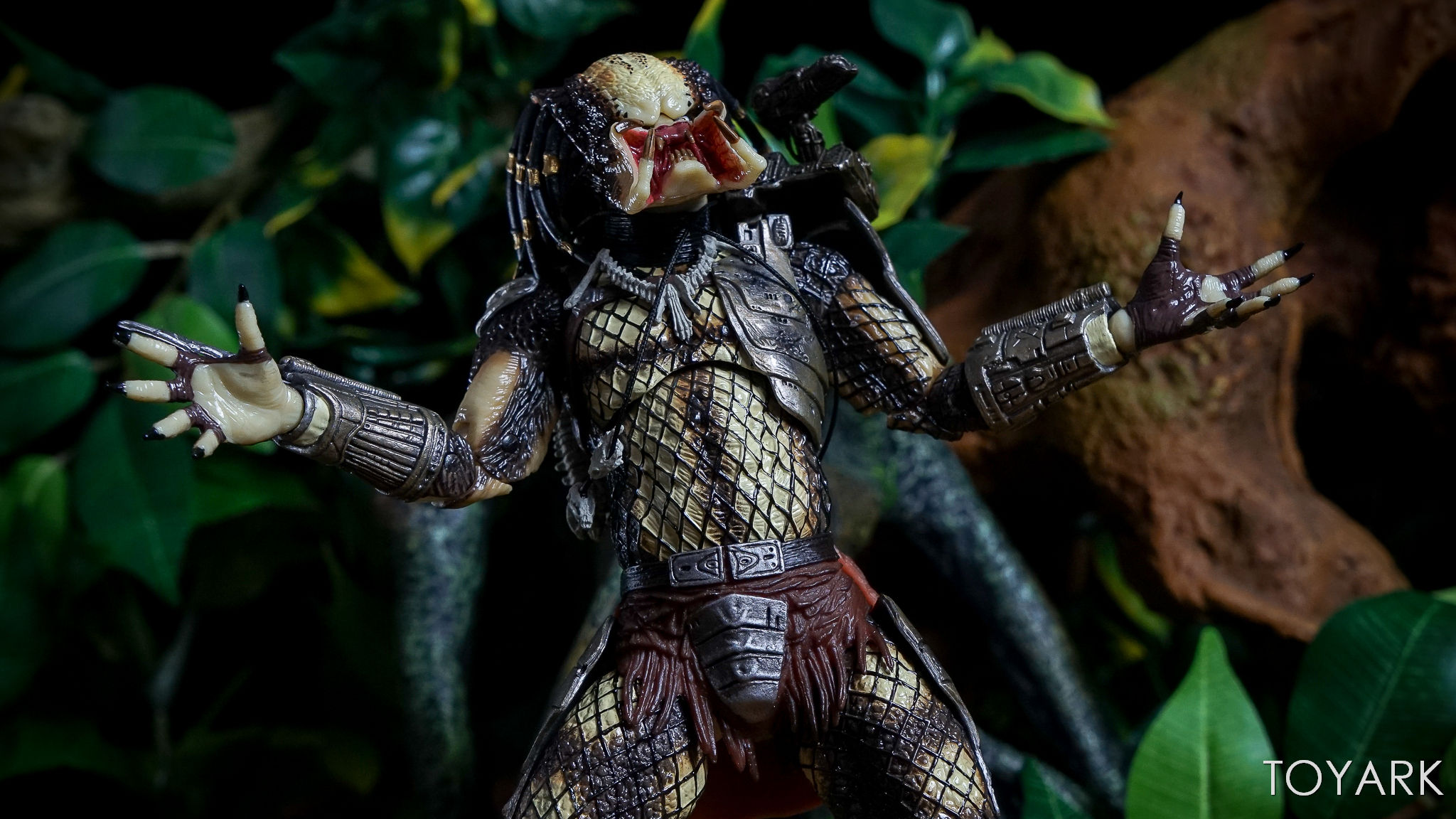 http://news.toyark.com/wp-content/uploads/sites/4/2017/06/Predator-30th-Anniversary-Set-124.jpg