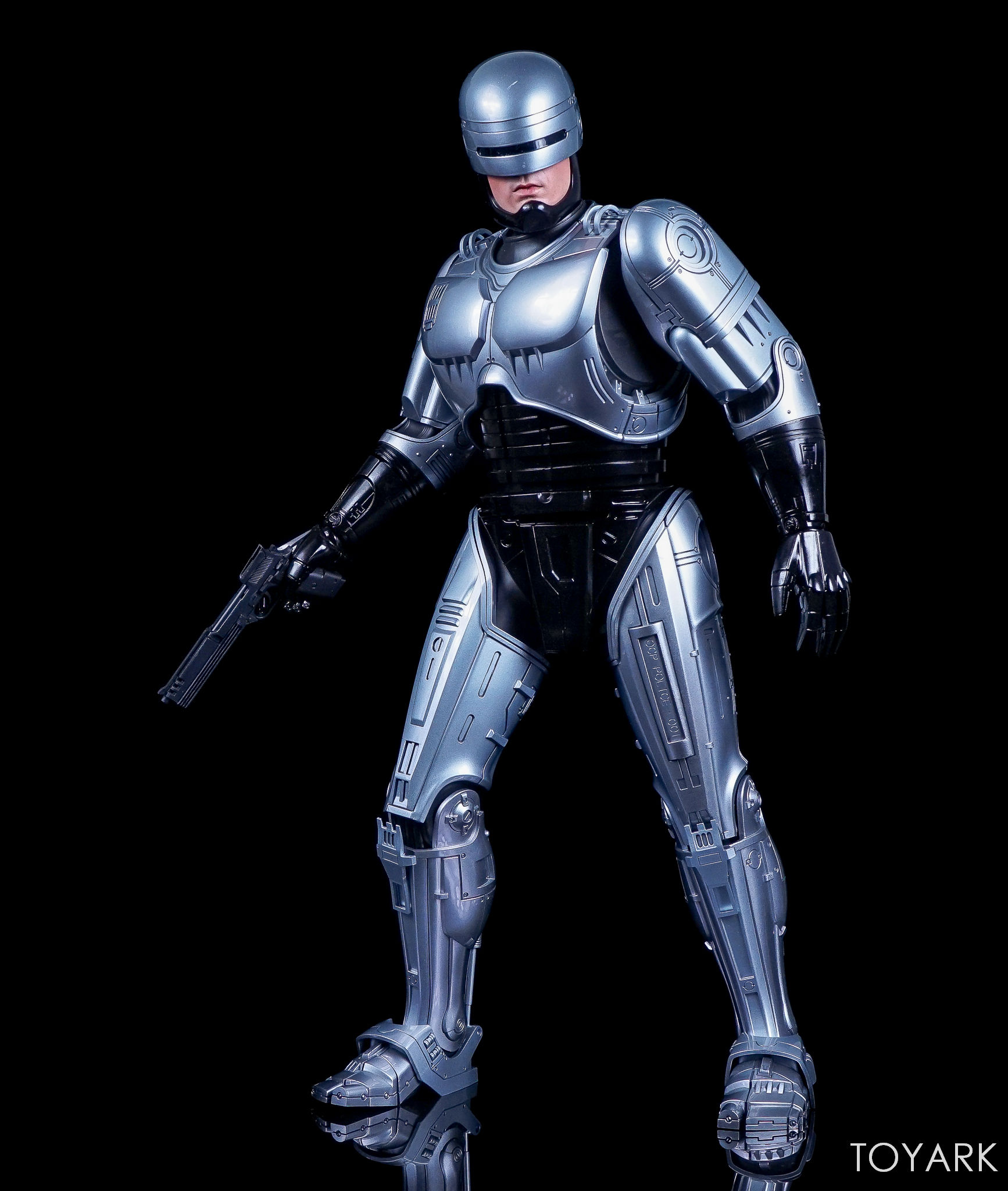 http://news.toyark.com/wp-content/uploads/sites/4/2017/07/Enterbay-Robocop-3-HD-Masterpiece-005.jpg