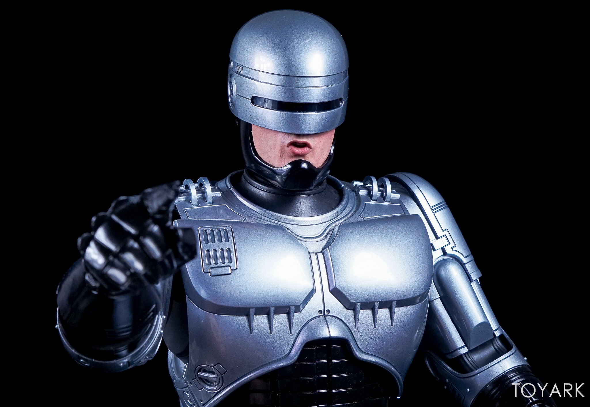 http://news.toyark.com/wp-content/uploads/sites/4/2017/07/Enterbay-Robocop-3-HD-Masterpiece-009.jpg