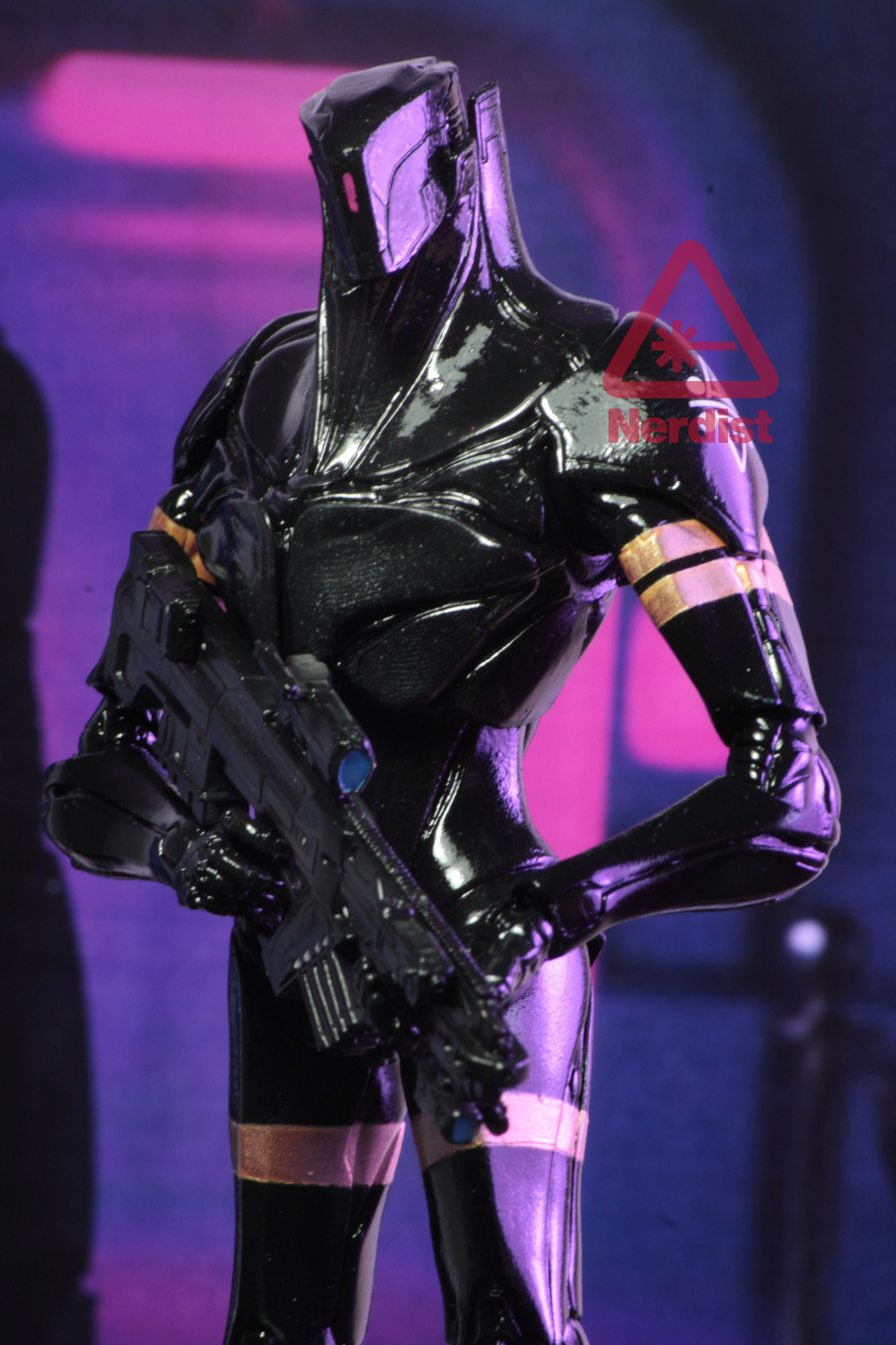New Photos of NECA Valerian and the City of a Thousand