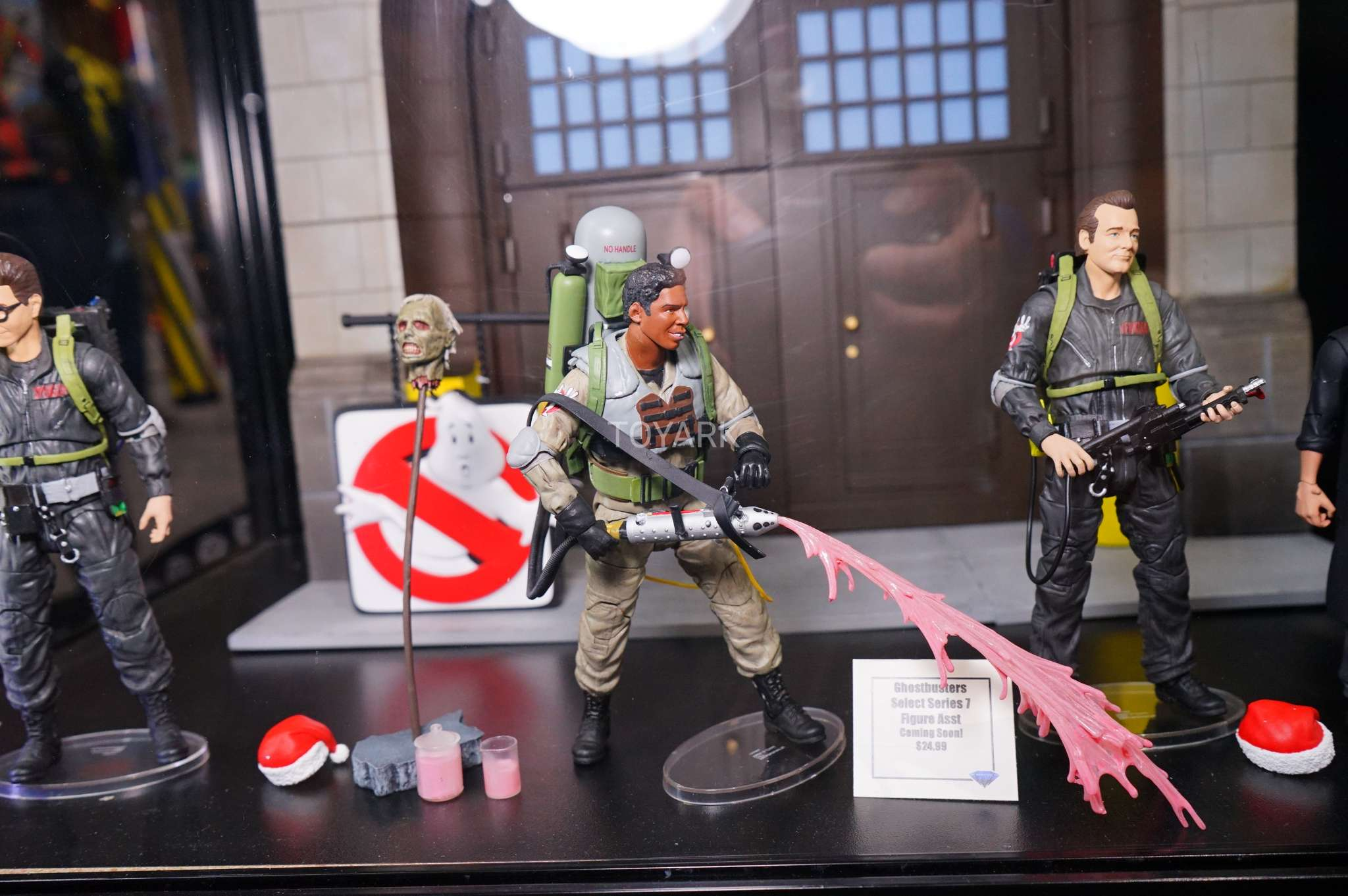 Real Toys Of 2017 : Sdcc gallery diamond select toys ghostbusters the