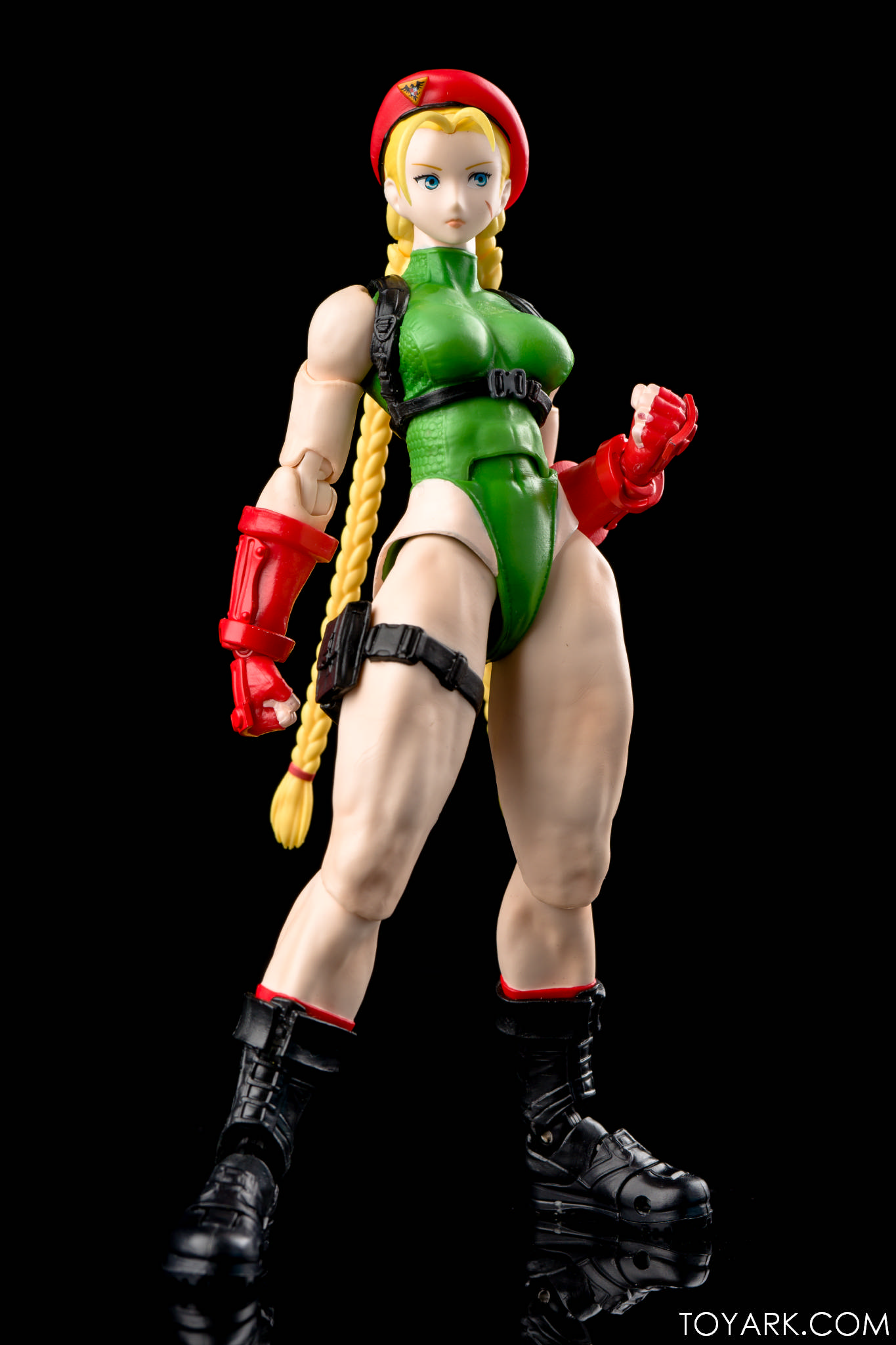 SH S.H Figuarts Cammy Street Fighter V Bandai Japan New***