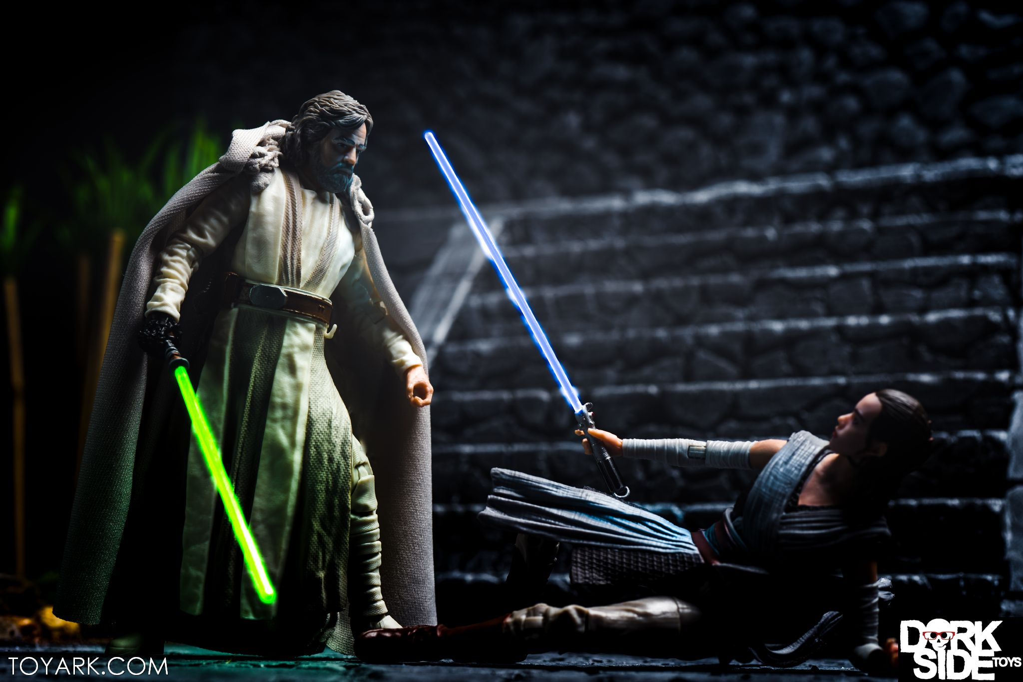Kylo Ren - The Last Jedi Star Wars Black Series Photo ... - photo#35