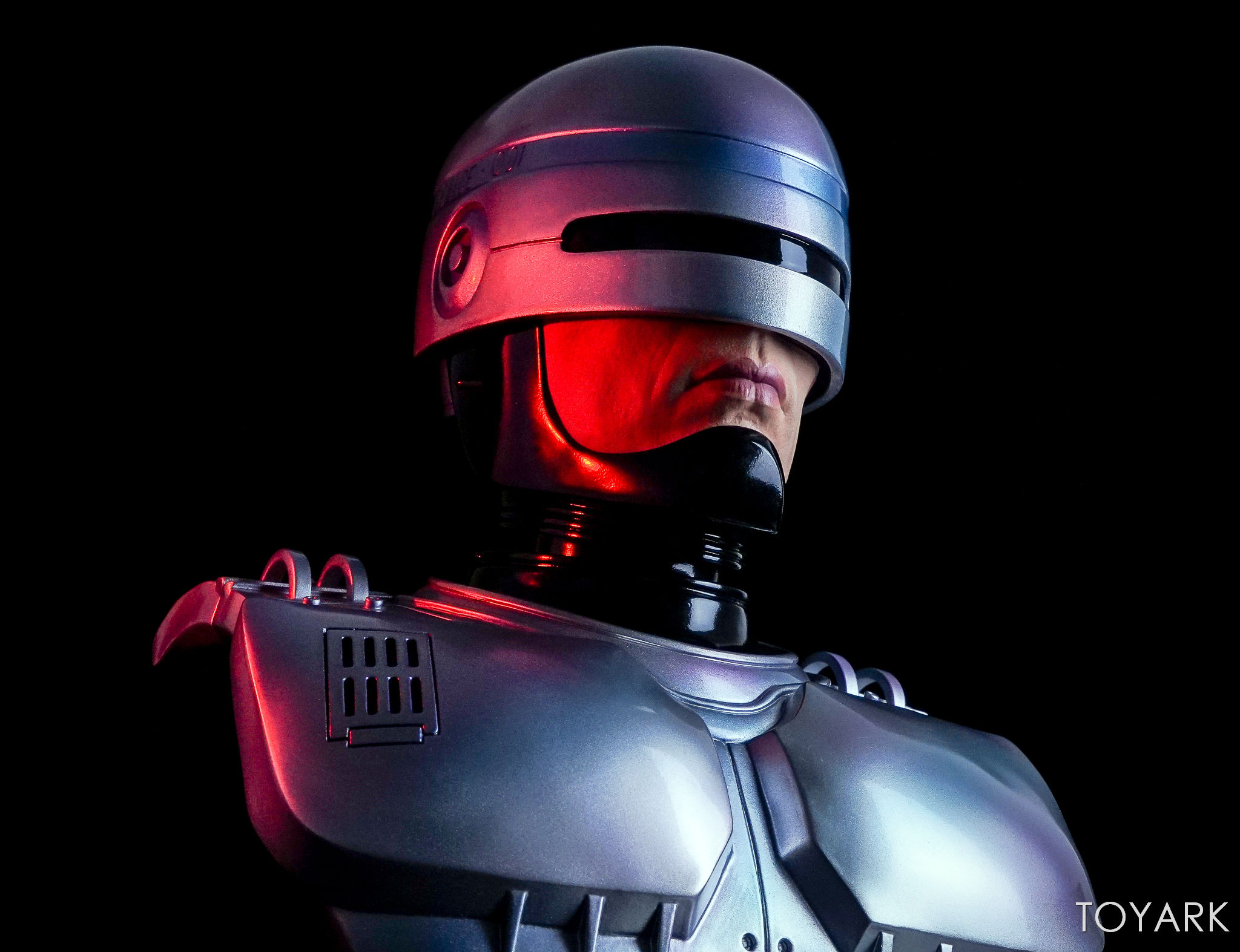 http://news.toyark.com/wp-content/uploads/sites/4/2017/09/Chronicle-Robocop-Half-Scale-Bust-033.jpg