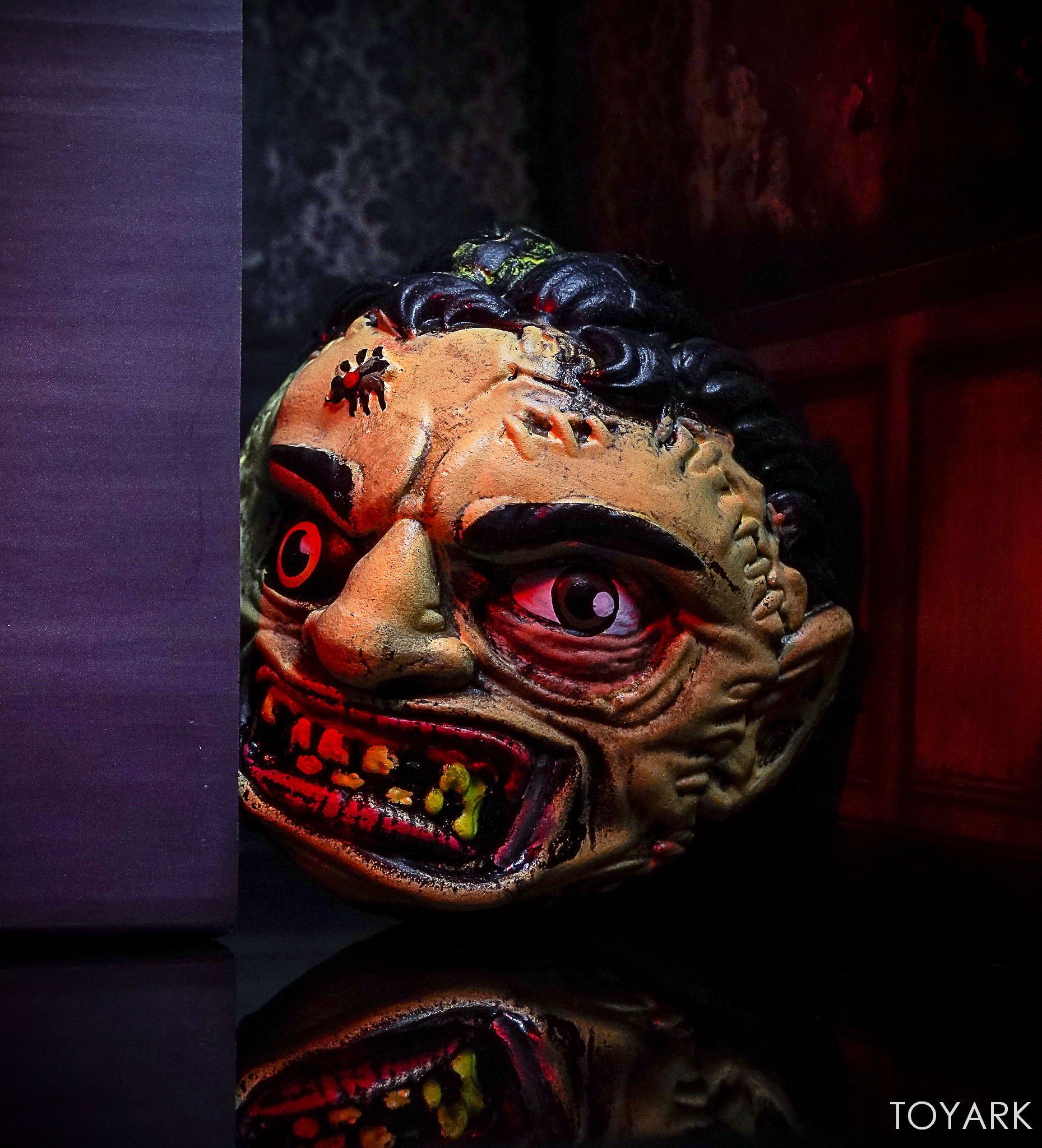 http://news.toyark.com/wp-content/uploads/sites/4/2017/09/Kidrobot-Horror-and-Sci-Fi-Madballs-033.jpg